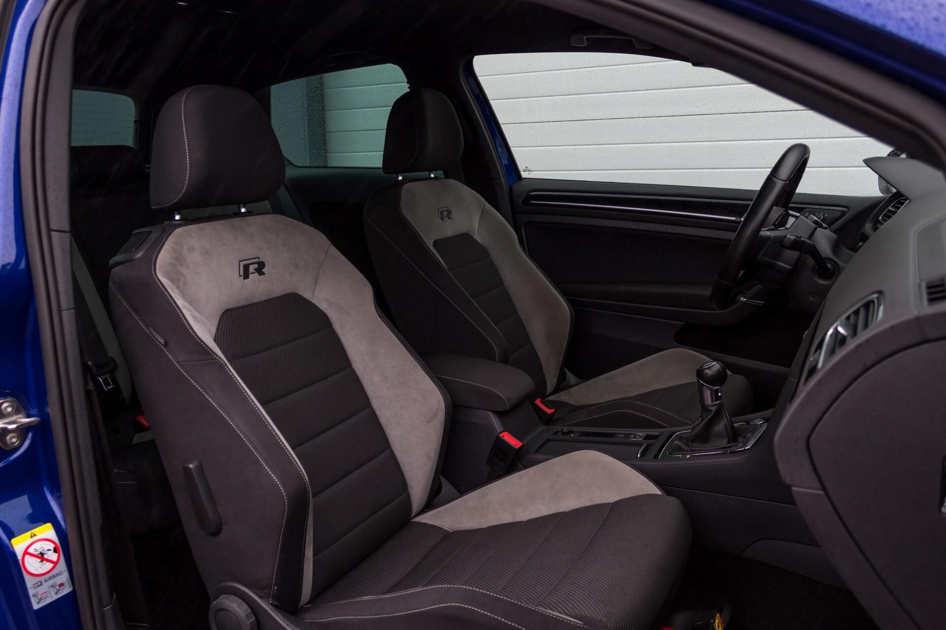 """Volkswagen Golf 2.0 TSI R 4Motion 300 pk Executive Plus/Keyless/DAB/19"""" Foto 3"""