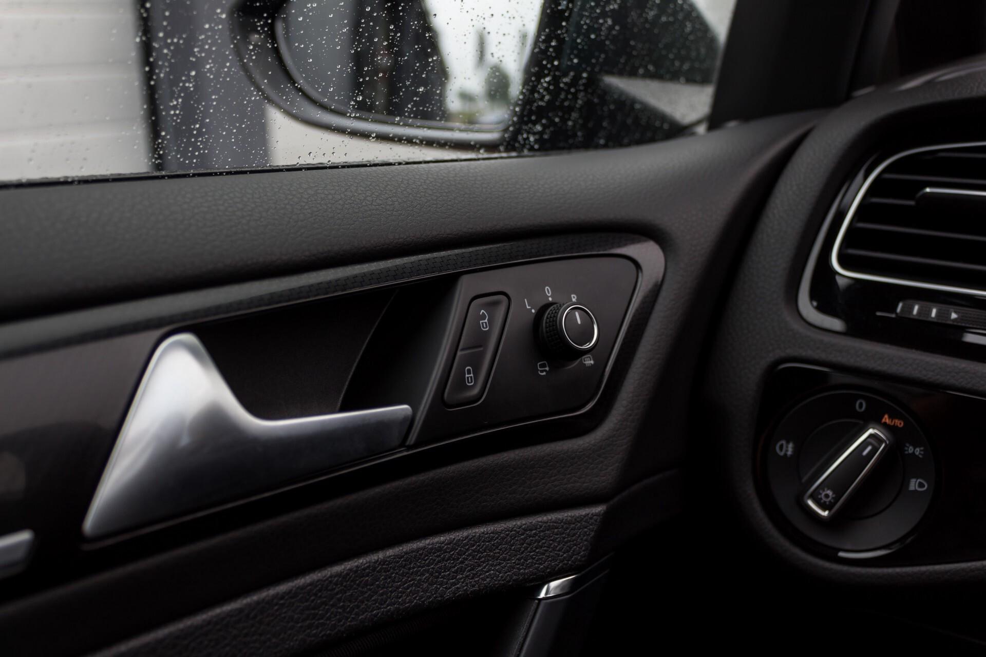 """Volkswagen Golf 2.0 TSI R 4Motion 300 pk Executive Plus/Keyless/DAB/19"""" Foto 30"""