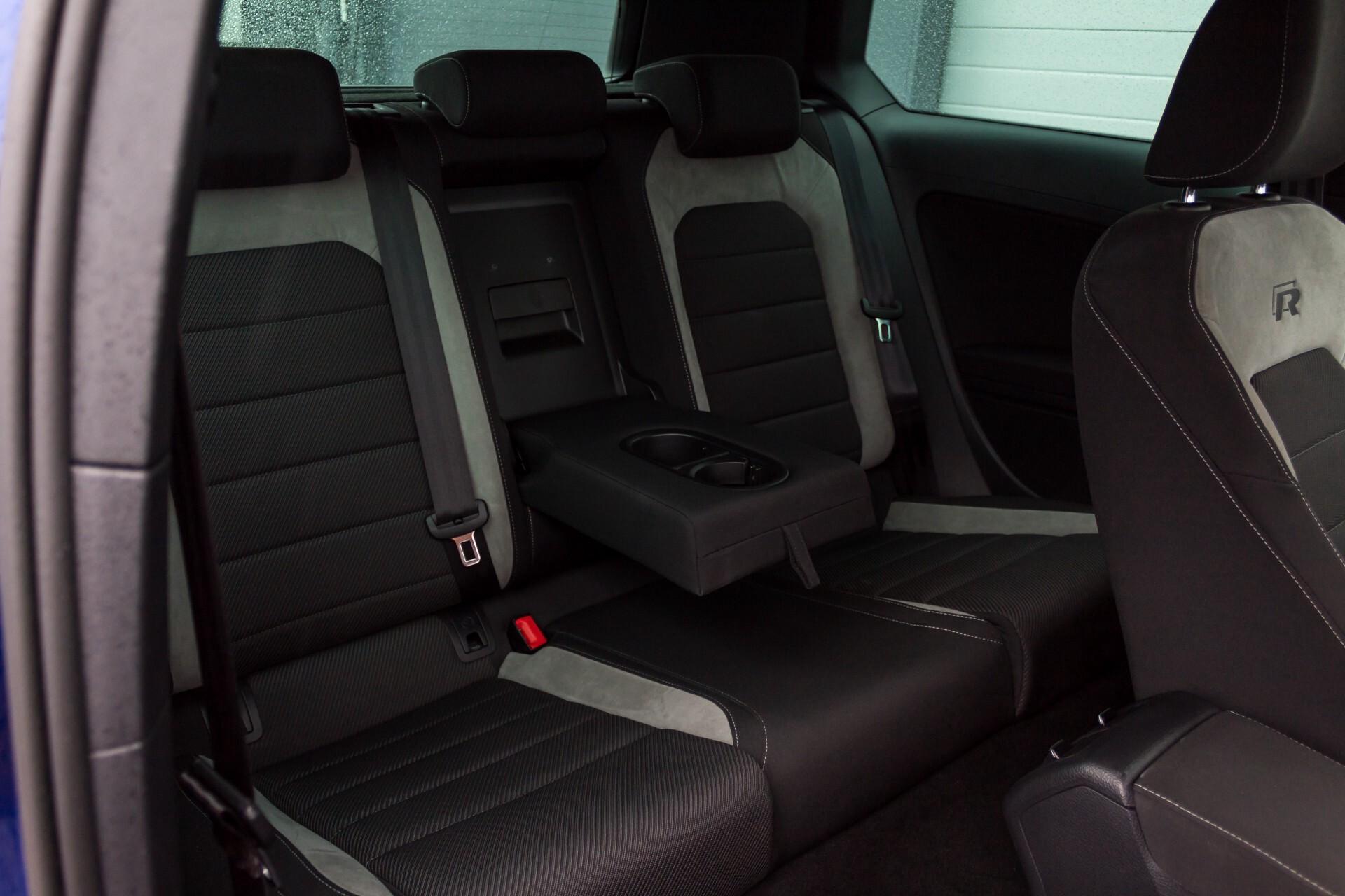 """Volkswagen Golf 2.0 TSI R 4Motion 300 pk Executive Plus/Keyless/DAB/19"""" Foto 5"""