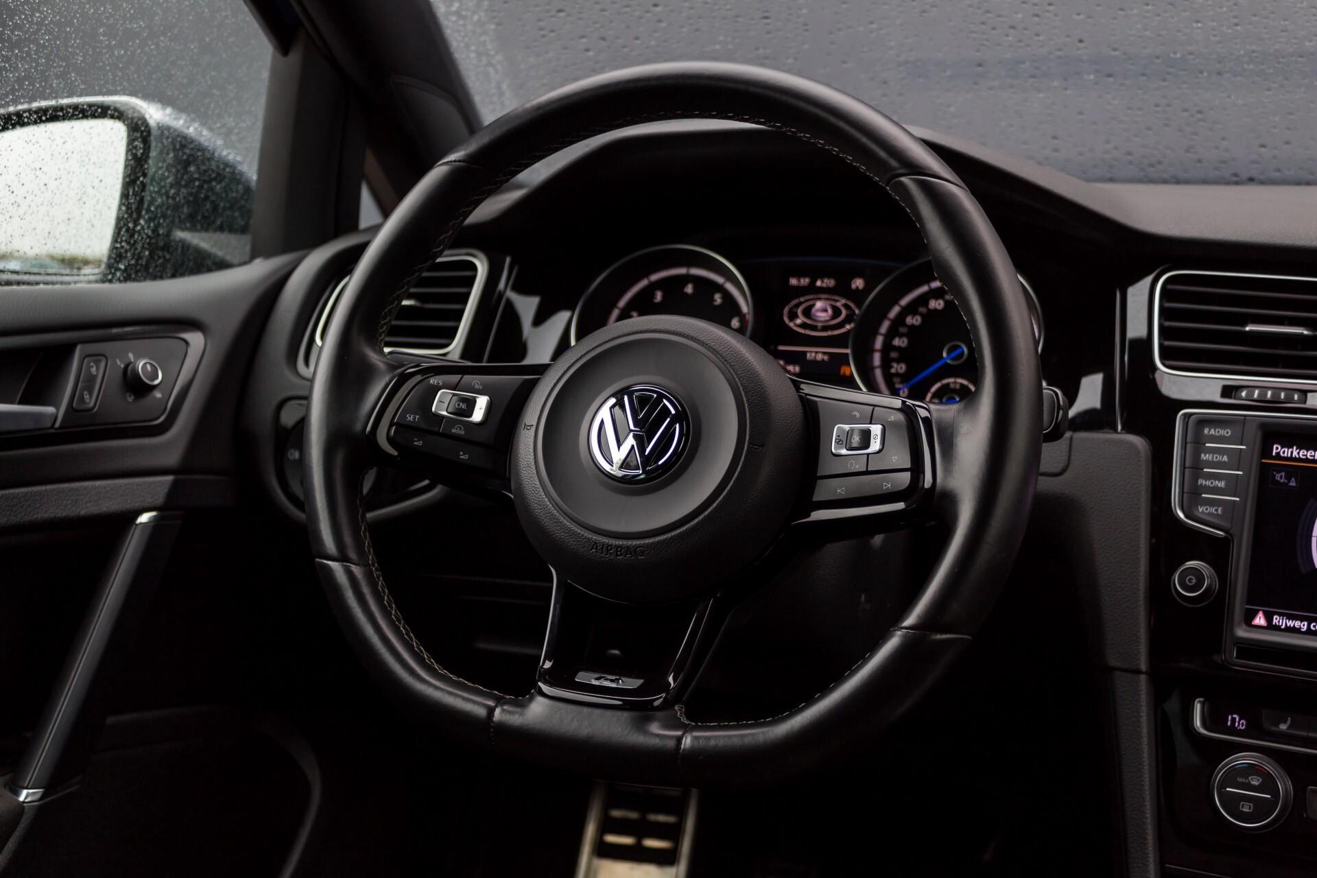 """Volkswagen Golf 2.0 TSI R 4Motion 300 pk Executive Plus/Keyless/DAB/19"""" Foto 8"""