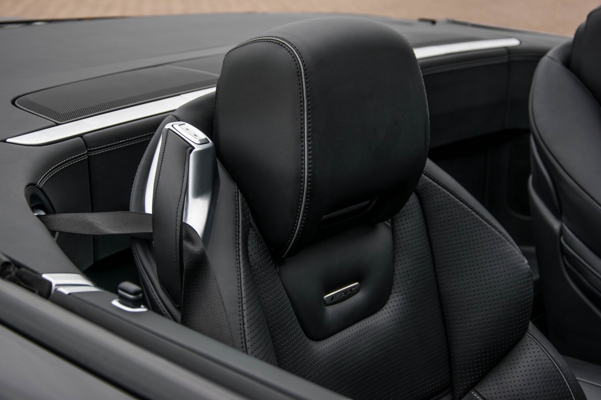 Mercedes-Benz SL-Klasse 63 AMG Keramisch/Bang & Olufsen/Designo/Carbon/Drivers Package Aut7 Foto 23