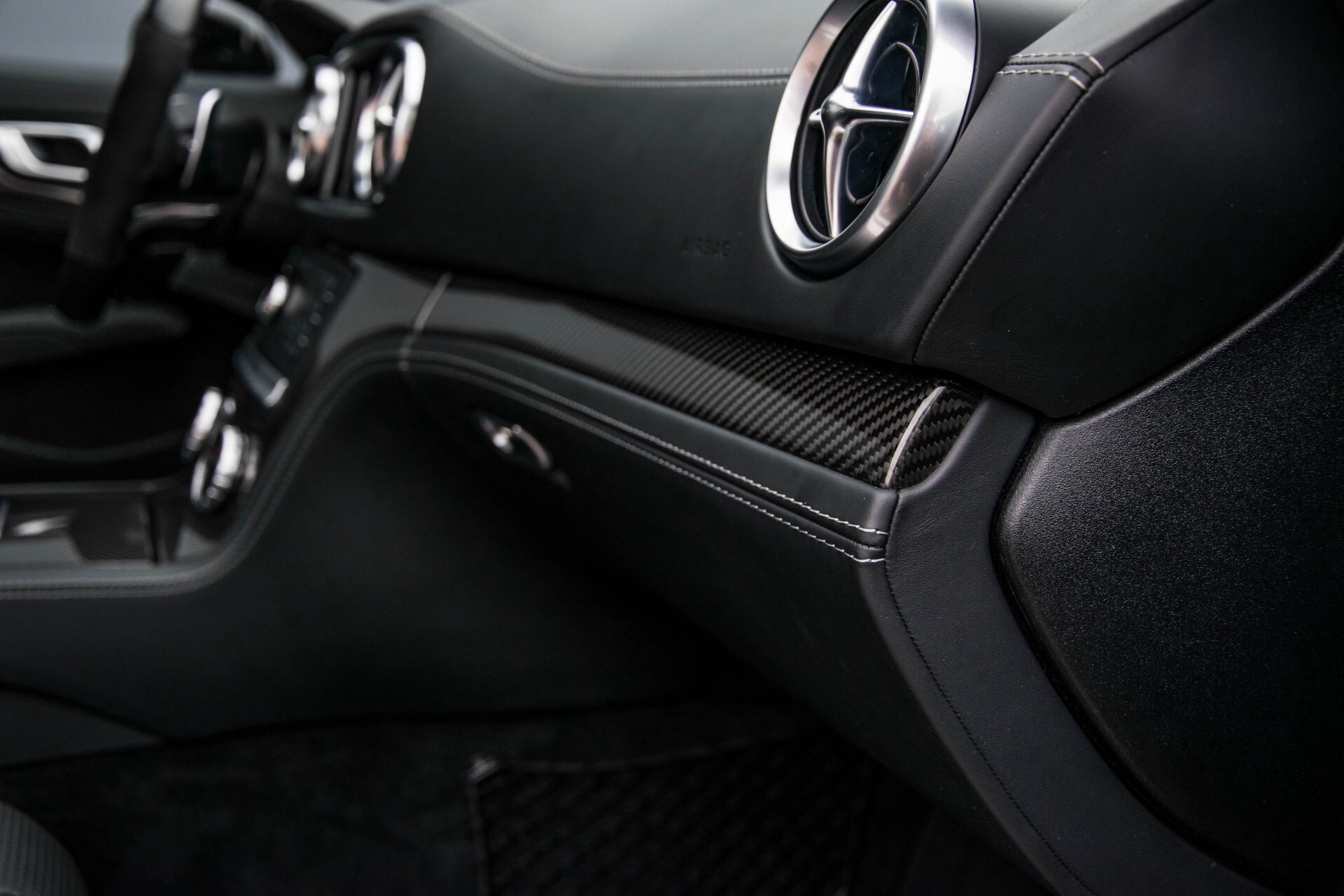 Mercedes-Benz SL-Klasse 63 AMG Keramisch/Bang & Olufsen/Designo/Carbon/Drivers Package Aut7 Foto 50