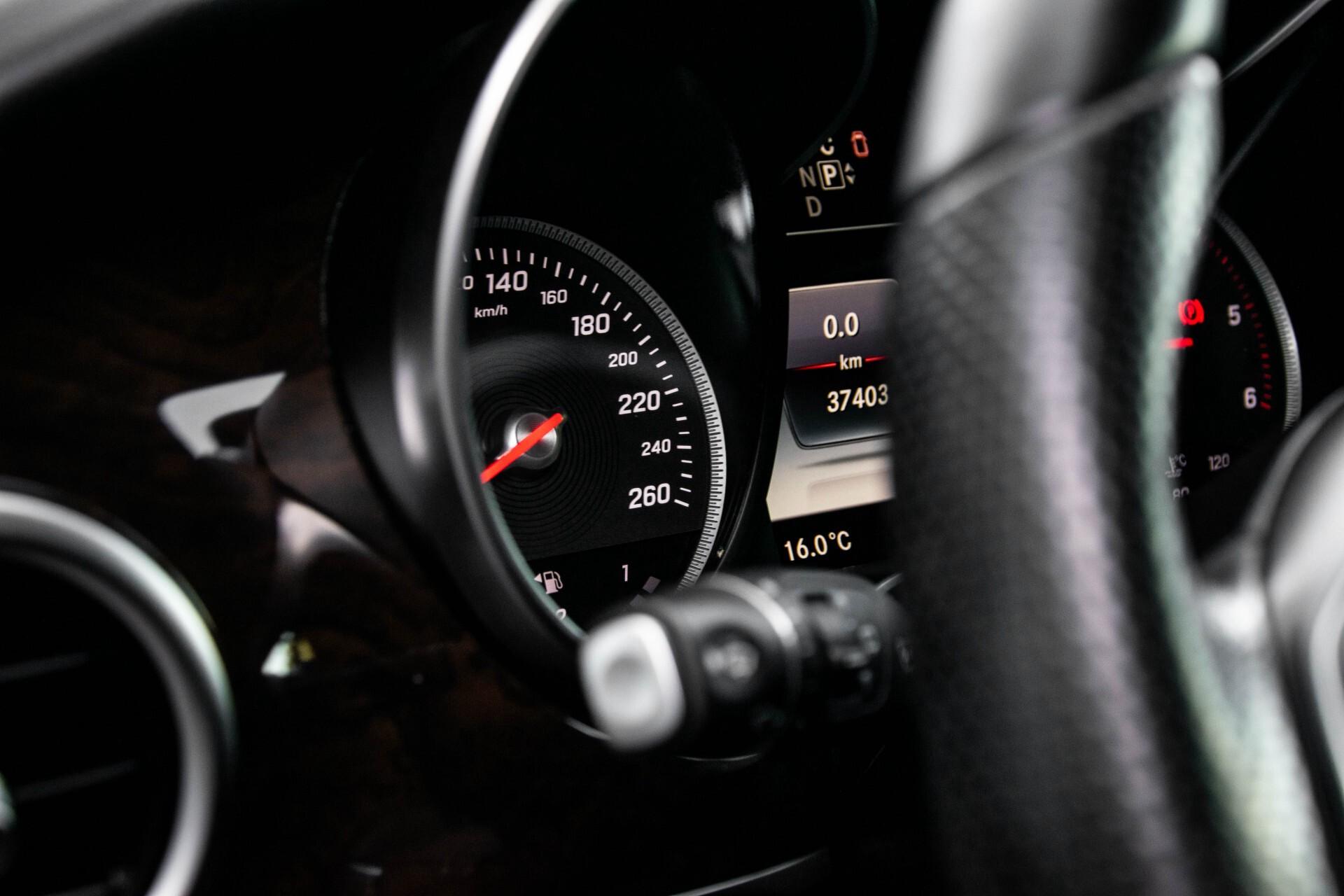 Mercedes-Benz V-Klasse 220d Extra Lang 8-Persoons Avantgarde Edition Burmester/360camera/spoorpakket/ILS Aut7 Foto 17