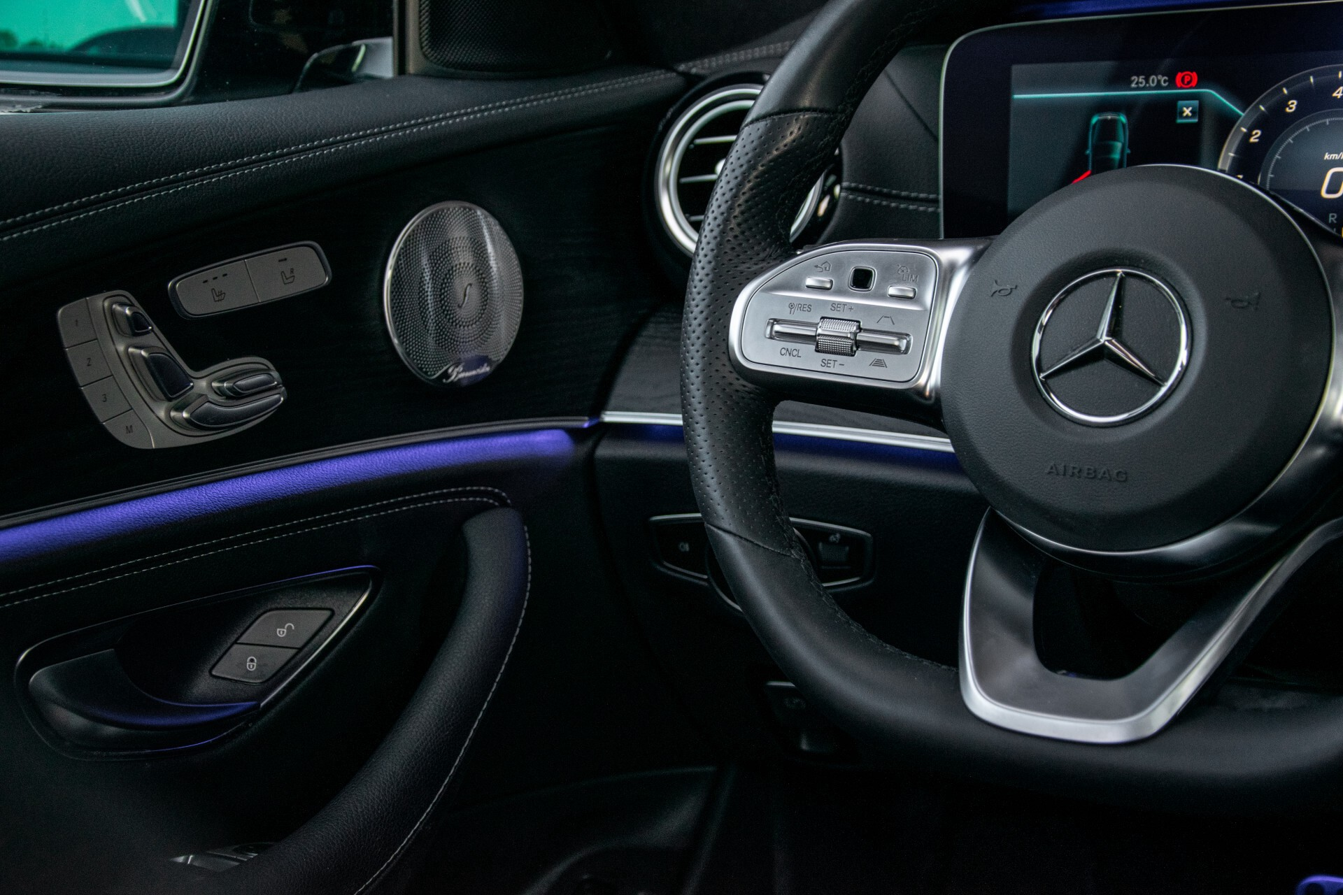 Mercedes-Benz E-Klasse Estate 450 4-M AMG Night Panorama/Rij-assist/Burmester/Mem/360/Widescreen Aut9 Foto 17