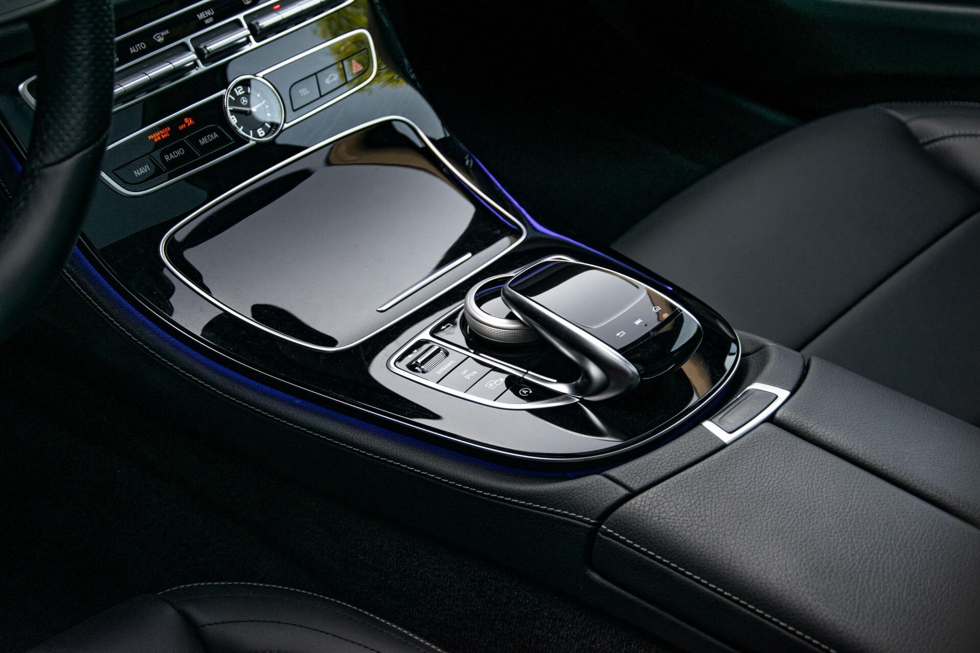 Mercedes-Benz E-Klasse Estate 450 4-M AMG Night Panorama/Rij-assist/Burmester/Mem/360/Widescreen Aut9 Foto 24