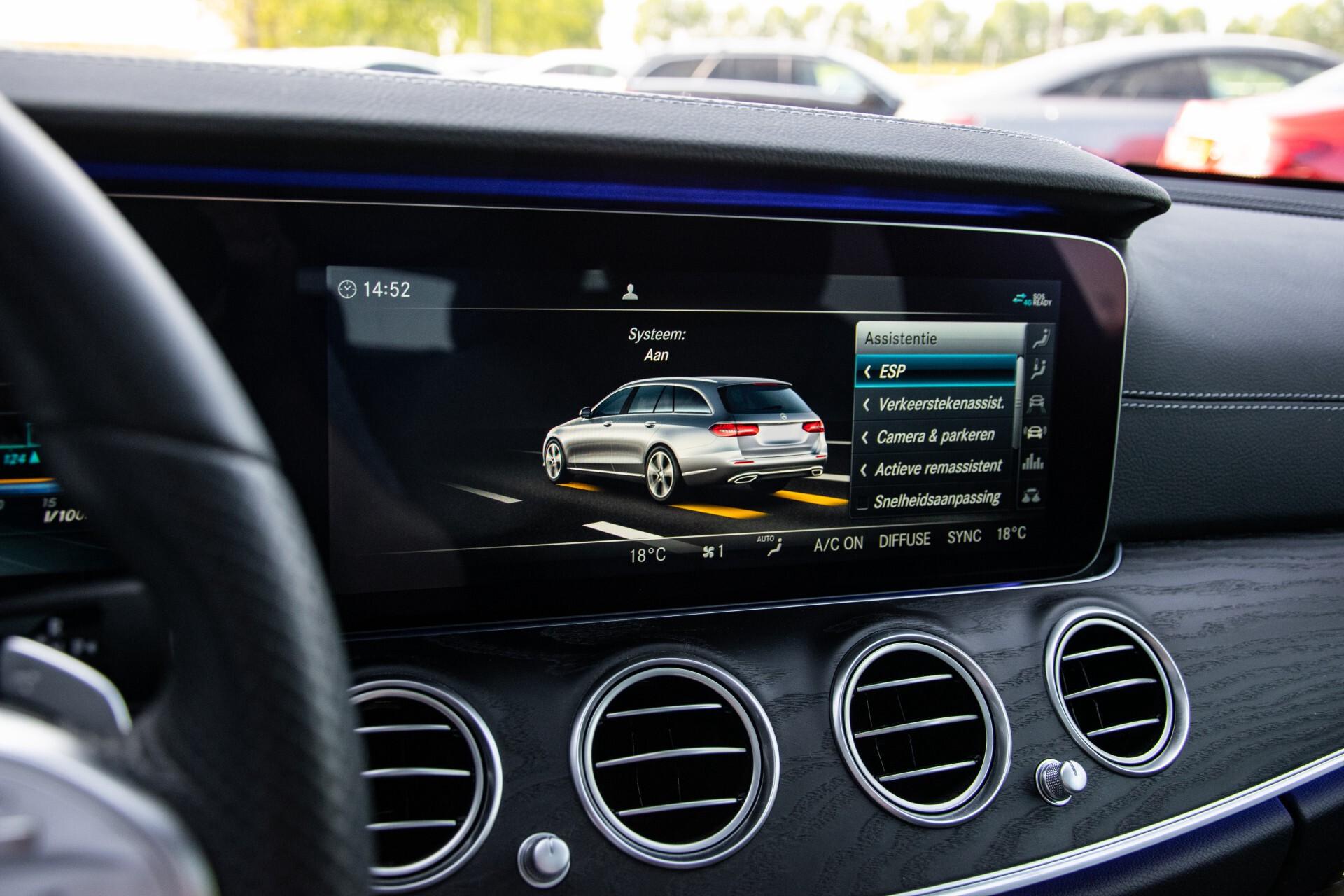 Mercedes-Benz E-Klasse Estate 450 4-M AMG Night Panorama/Rij-assist/Burmester/Mem/360/Widescreen Aut9 Foto 29
