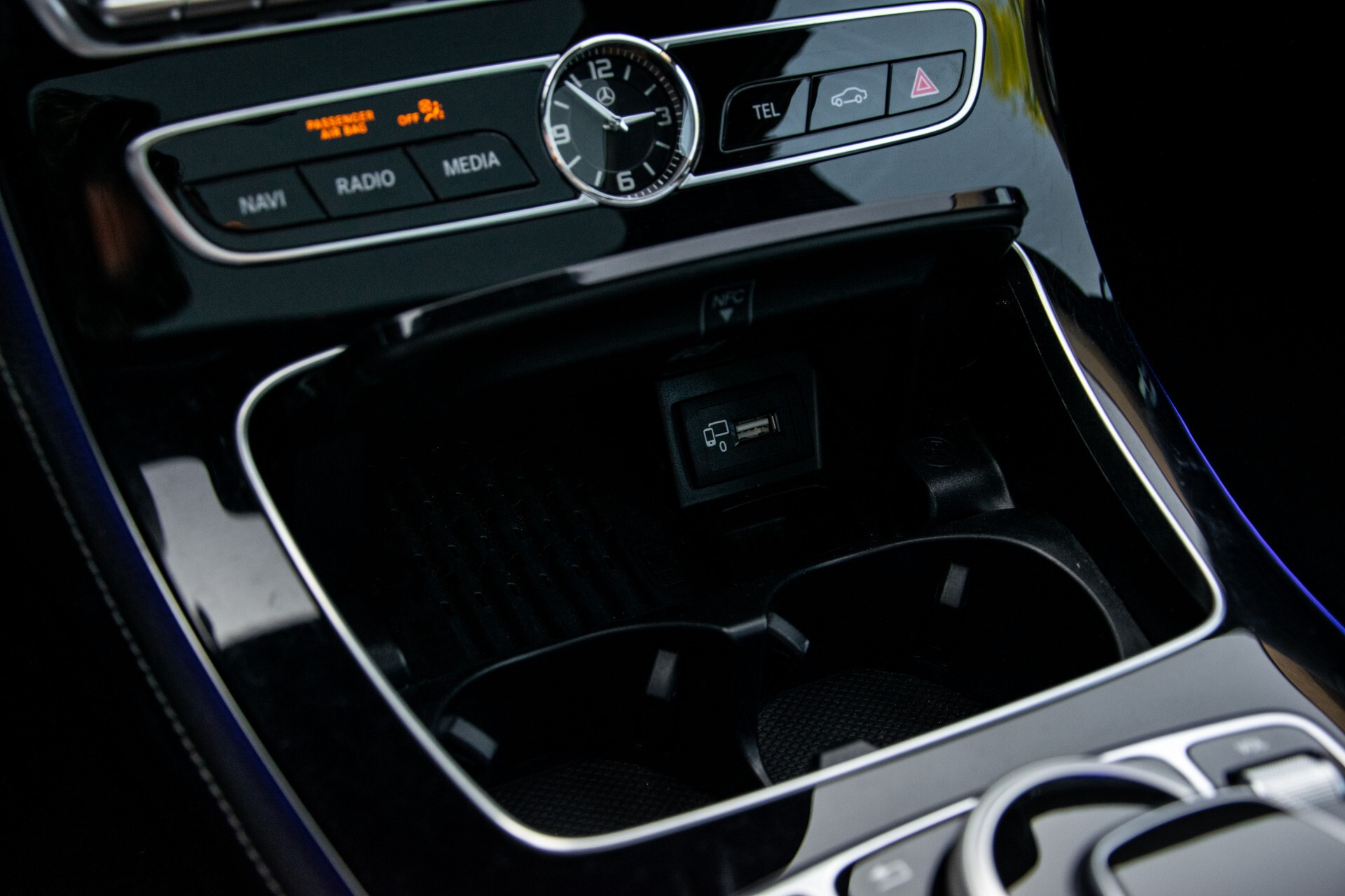 Mercedes-Benz E-Klasse Estate 450 4-M AMG Night Panorama/Rij-assist/Burmester/Mem/360/Widescreen Aut9 Foto 32