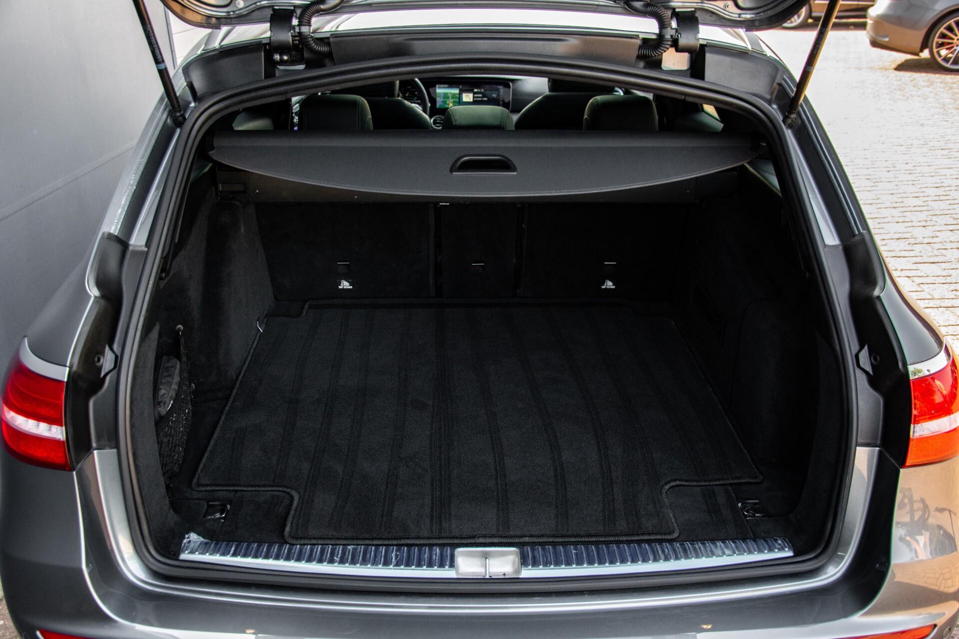 Mercedes-Benz E-Klasse Estate 450 4-M AMG Night Panorama/Rij-assist/Burmester/Mem/360/Widescreen Aut9 Foto 48