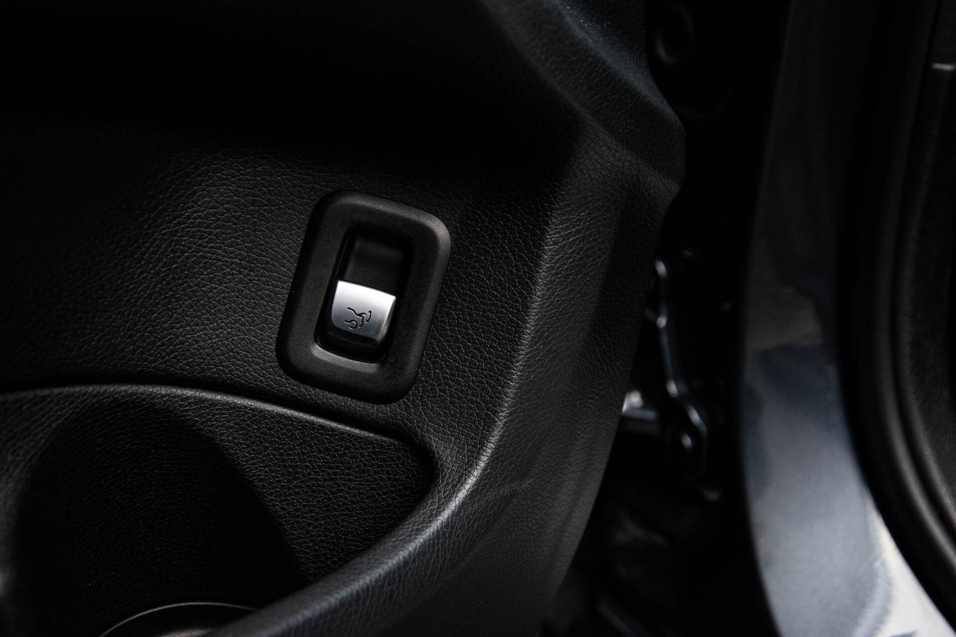 Mercedes-Benz C-Klasse Estate 200 Bluetec Avantgarde Leder/Panorama/Navi/Wegkl-trekhaak Aut7 Foto 19