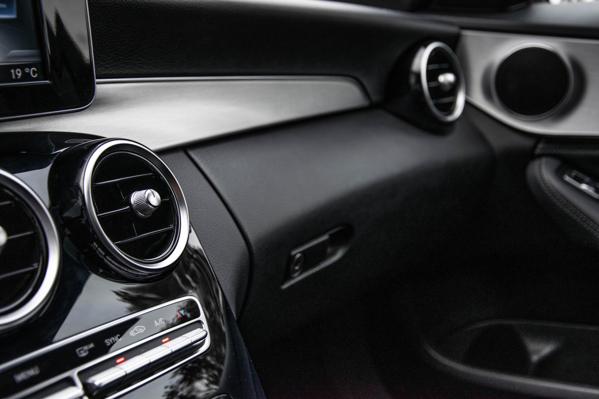 Mercedes-Benz C-Klasse Estate 200 Bluetec Avantgarde Leder/Panorama/Navi/Wegkl-trekhaak Aut7 Foto 27