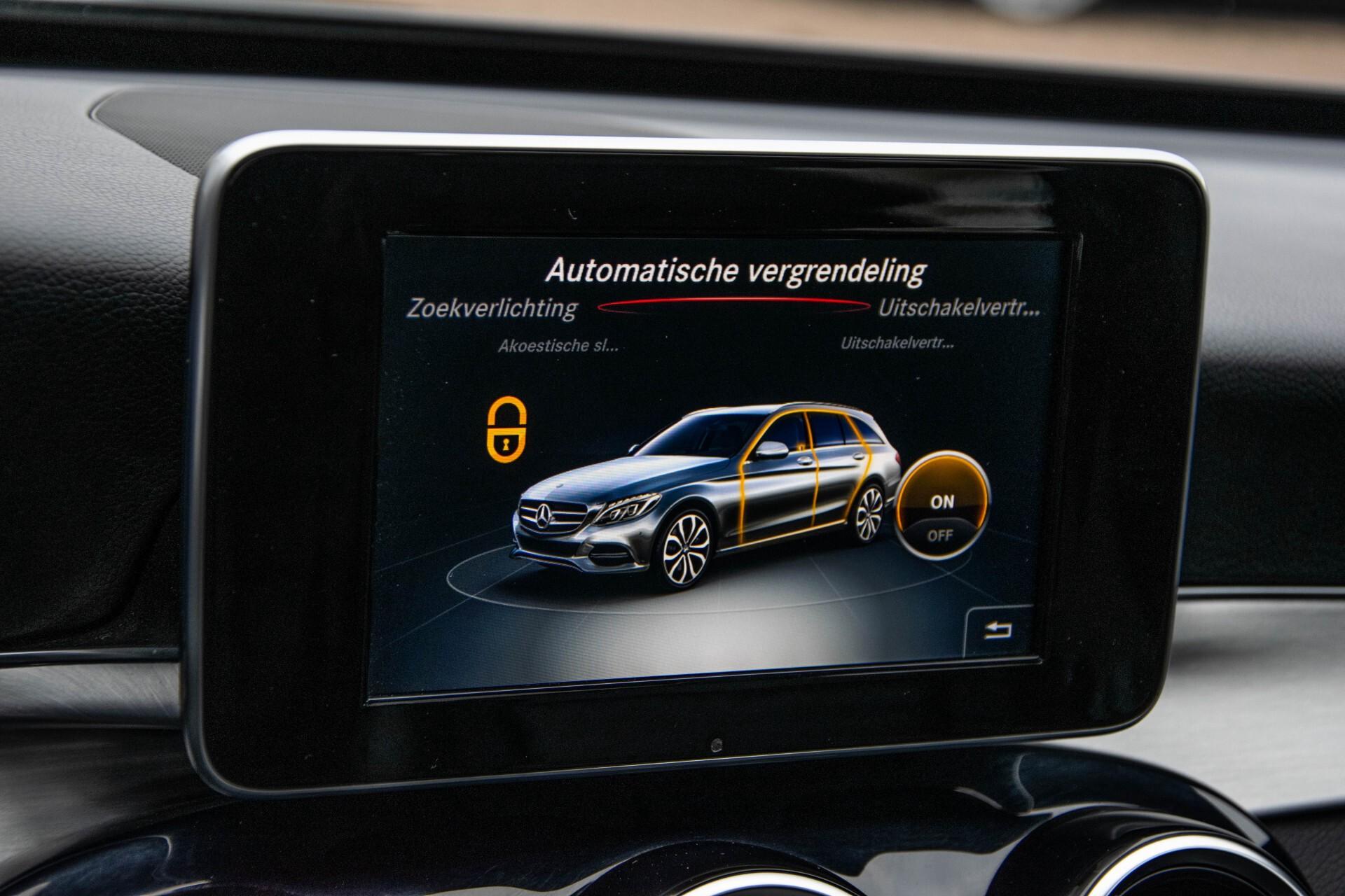 Mercedes-Benz C-Klasse Estate 200 Bluetec Avantgarde Leder/Panorama/Navi/Wegkl-trekhaak Aut7 Foto 30