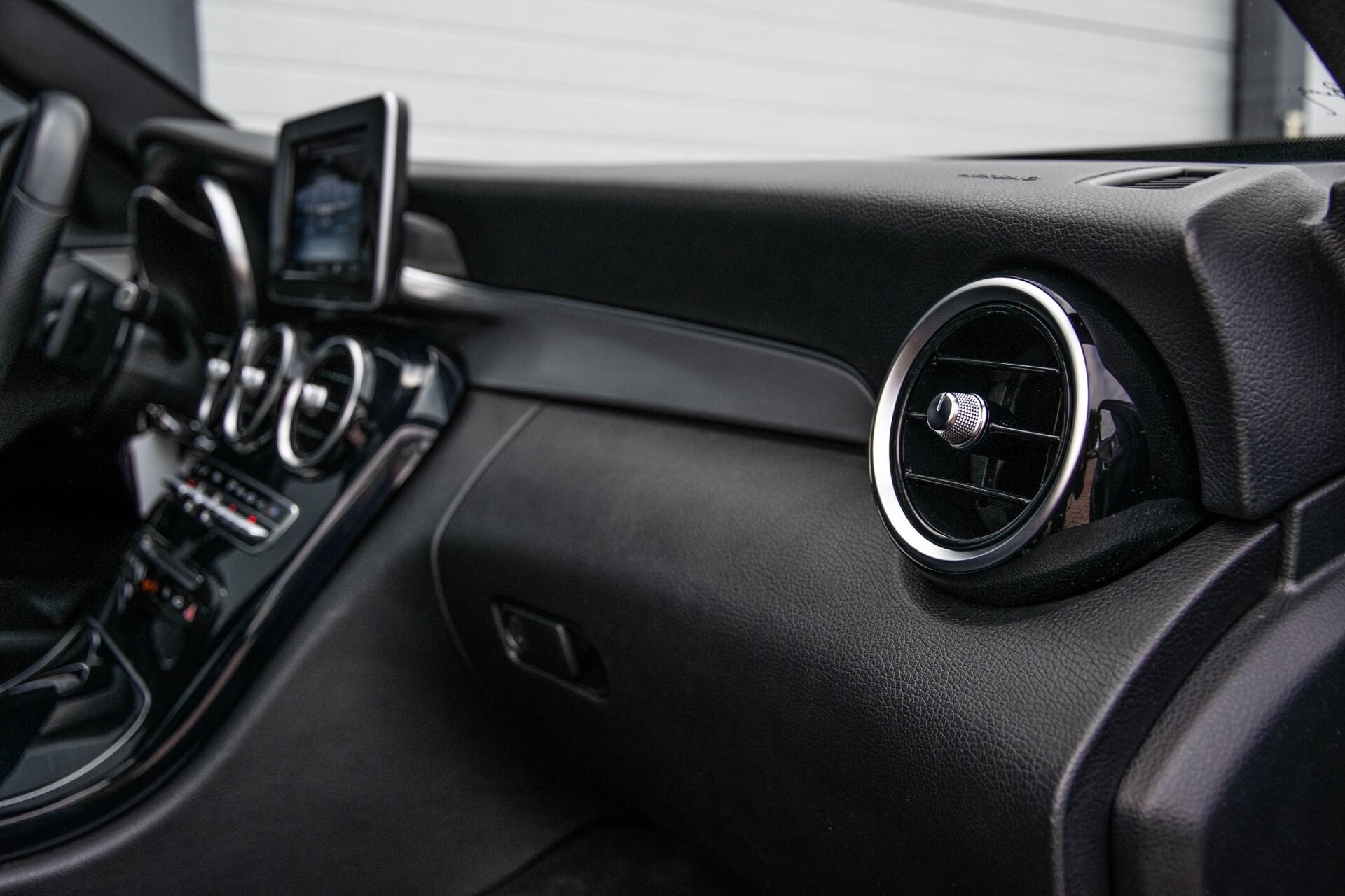 Mercedes-Benz C-Klasse Estate 200 Bluetec Avantgarde Leder/Panorama/Navi/Wegkl-trekhaak Aut7 Foto 34
