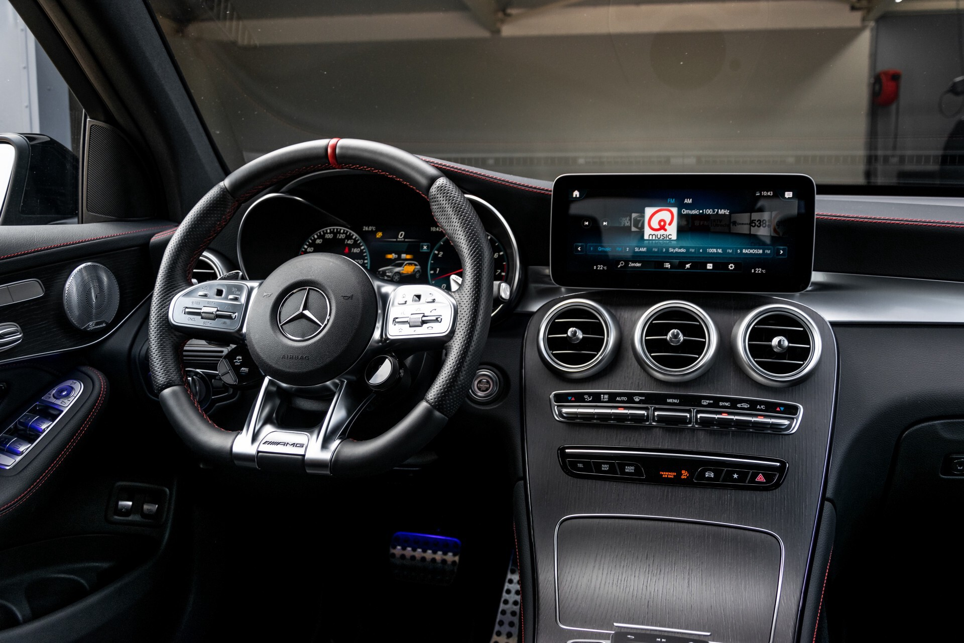 Mercedes-Benz GLC 43 AMG 4-M Night Pano/Sportuitlaat/Keyless/Distronic/Widescreen/MBUX/Trekhaak Aut9 Foto 7