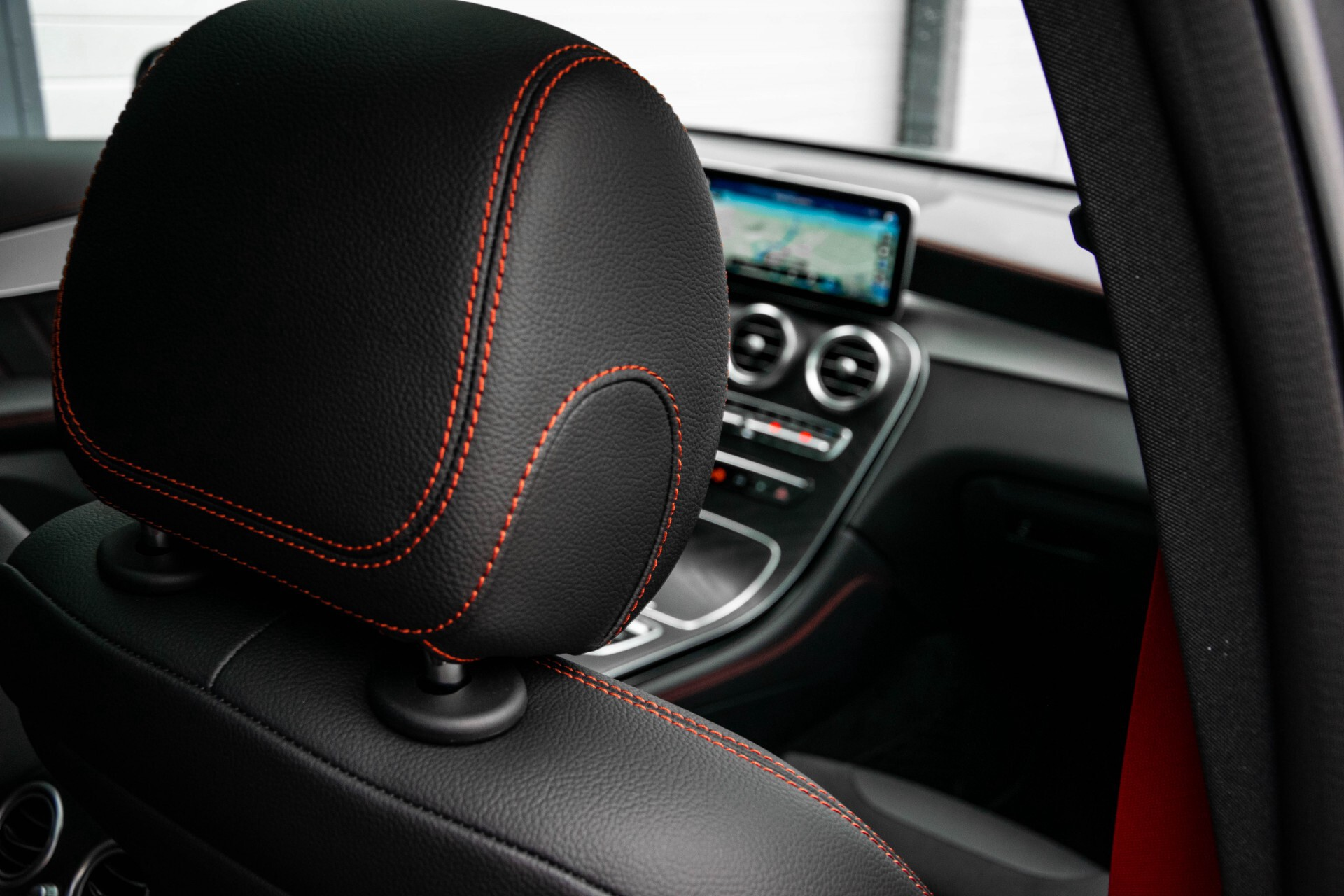 "Mercedes-Benz GLC 43 AMG 4M Night Pano/Sportuitlaat/Keyless/Distronic/Widescreen/MBUX/Burmester/21""/Trekhaak Aut9 Foto 20"
