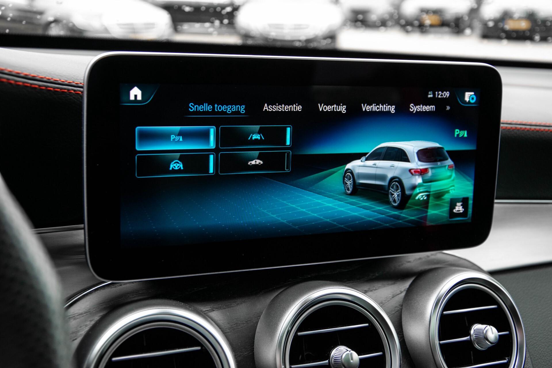 "Mercedes-Benz GLC 43 AMG 4M Night Pano/Sportuitlaat/Keyless/Distronic/Widescreen/MBUX/Burmester/21""/Trekhaak Aut9 Foto 23"