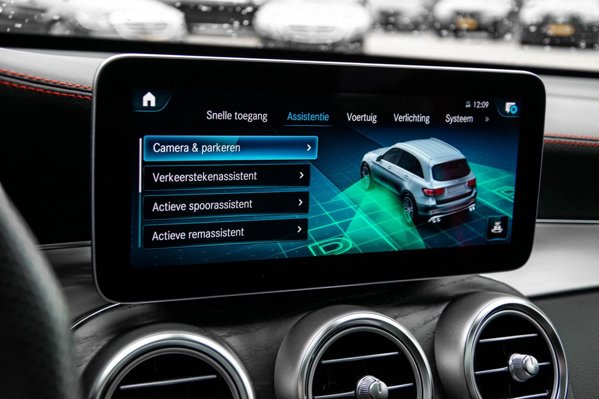 "Mercedes-Benz GLC 43 AMG 4M Night Pano/Sportuitlaat/Keyless/Distronic/Widescreen/MBUX/Burmester/21""/Trekhaak Aut9 Foto 25"