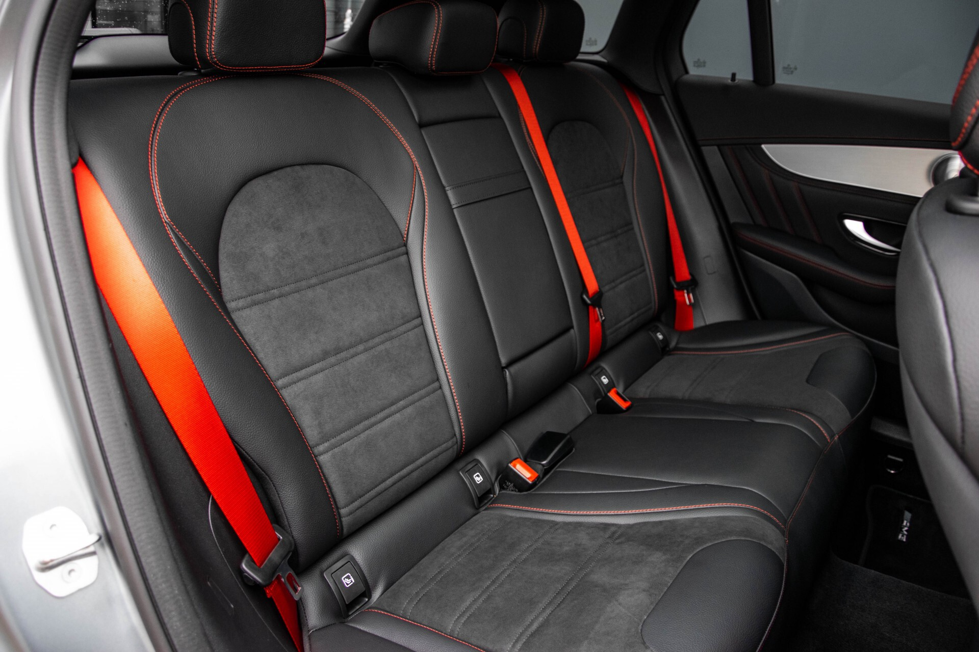 "Mercedes-Benz GLC 43 AMG 4M Night Pano/Sportuitlaat/Keyless/Distronic/Widescreen/MBUX/Burmester/21""/Trekhaak Aut9 Foto 4"