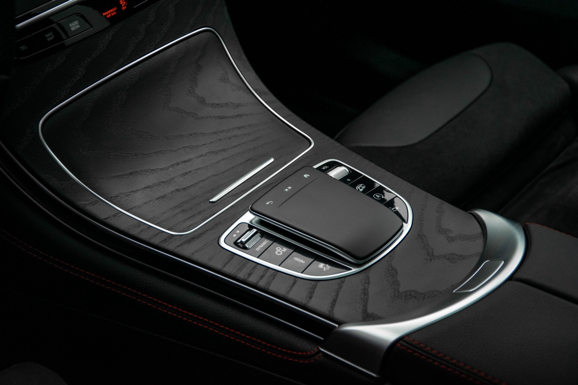 "Mercedes-Benz GLC 43 AMG 4M Night Pano/Sportuitlaat/Keyless/Distronic/Widescreen/MBUX/Burmester/21""/Trekhaak Aut9 Foto 40"