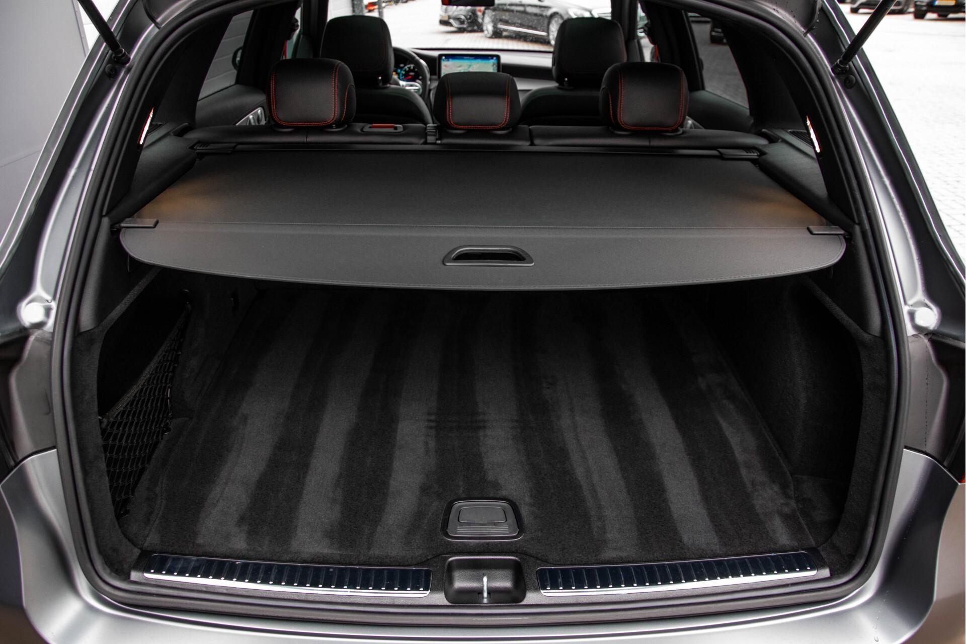 "Mercedes-Benz GLC 43 AMG 4M Night Pano/Sportuitlaat/Keyless/Distronic/Widescreen/MBUX/Burmester/21""/Trekhaak Aut9 Foto 61"