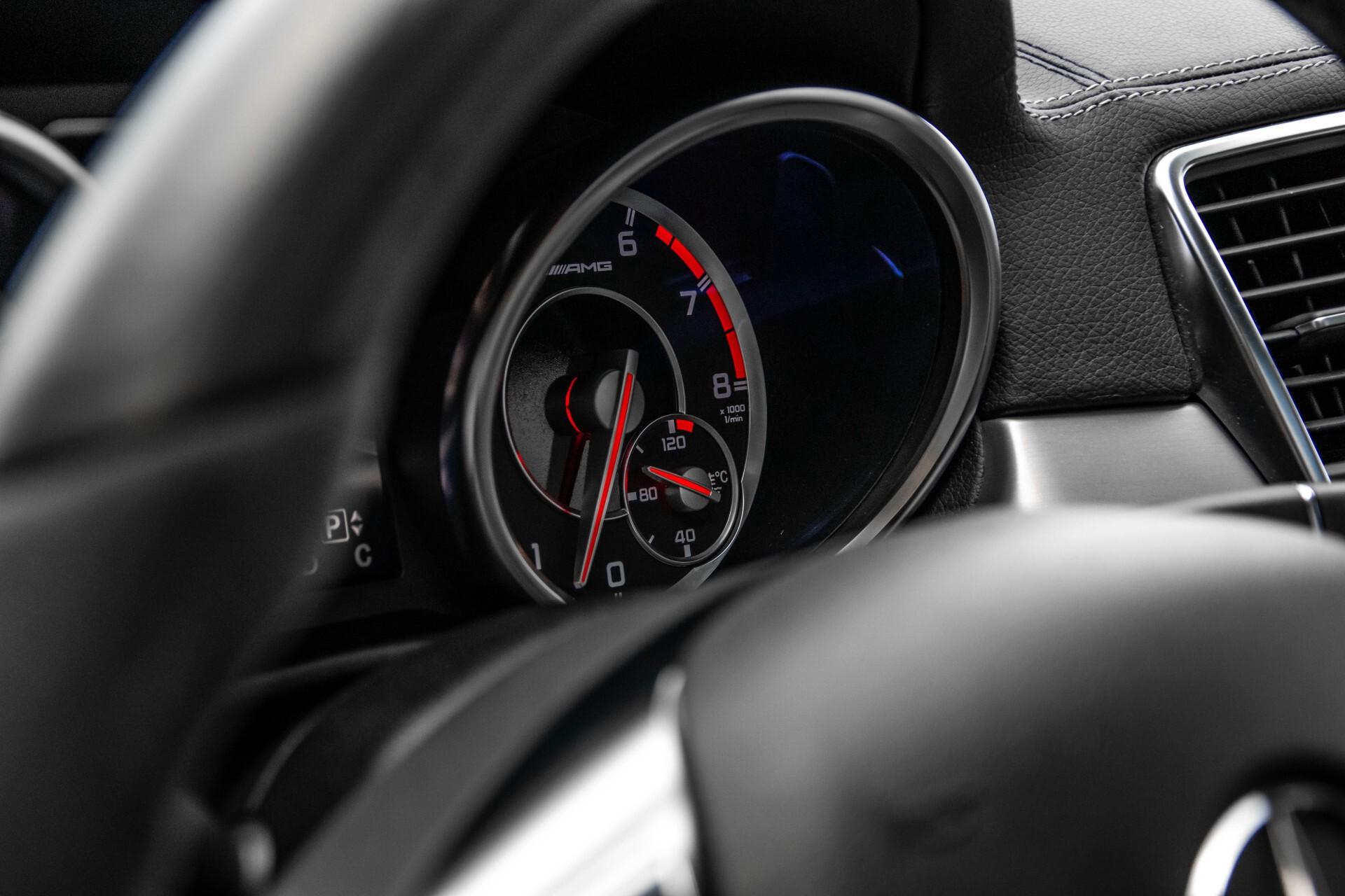 Mercedes-Benz M-Klasse 63 AMG Performance 4-M Panorama/Standkachel/Camera/Active Curve System/Harman-Kardon Aut7 Foto 33