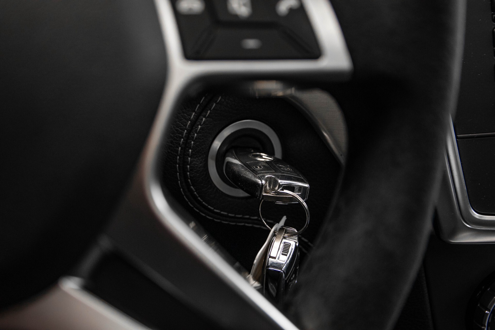 Mercedes-Benz M-Klasse 63 AMG Performance 4-M Panorama/Standkachel/Camera/Active Curve System/Harman-Kardon Aut7 Foto 36