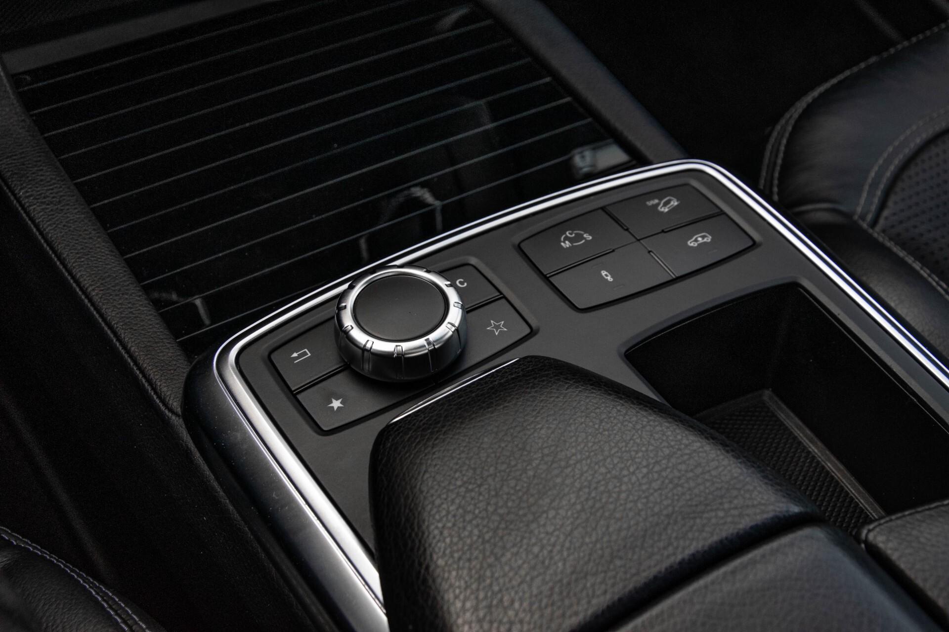 Mercedes-Benz M-Klasse 63 AMG Performance 4-M Panorama/Standkachel/Camera/Active Curve System/Harman-Kardon Aut7 Foto 40