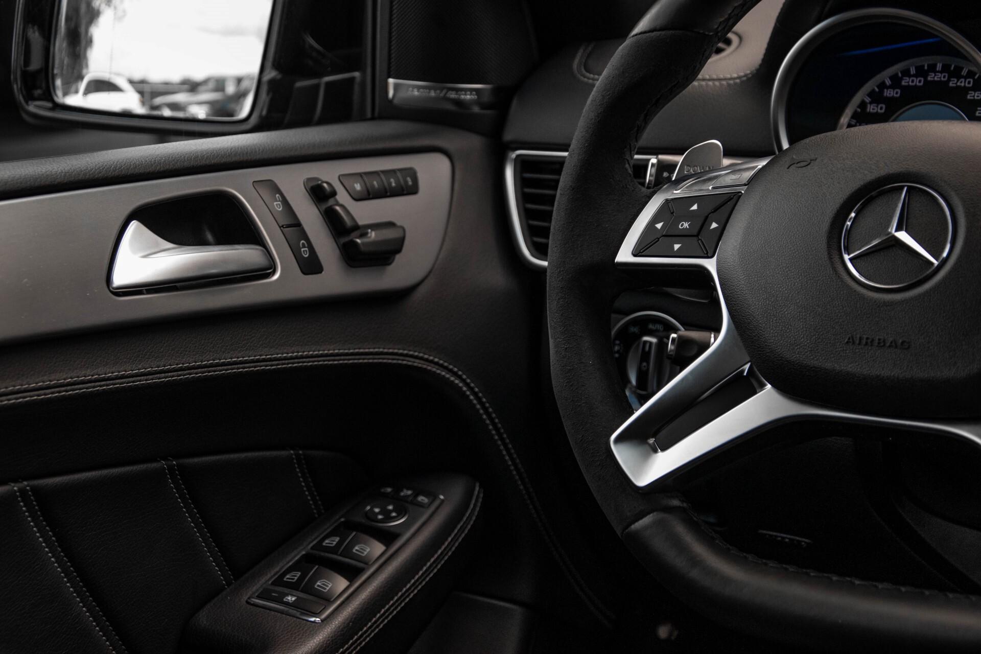 Mercedes-Benz M-Klasse 63 AMG Performance 4-M Panorama/Standkachel/Camera/Active Curve System/Harman-Kardon Aut7 Foto 41