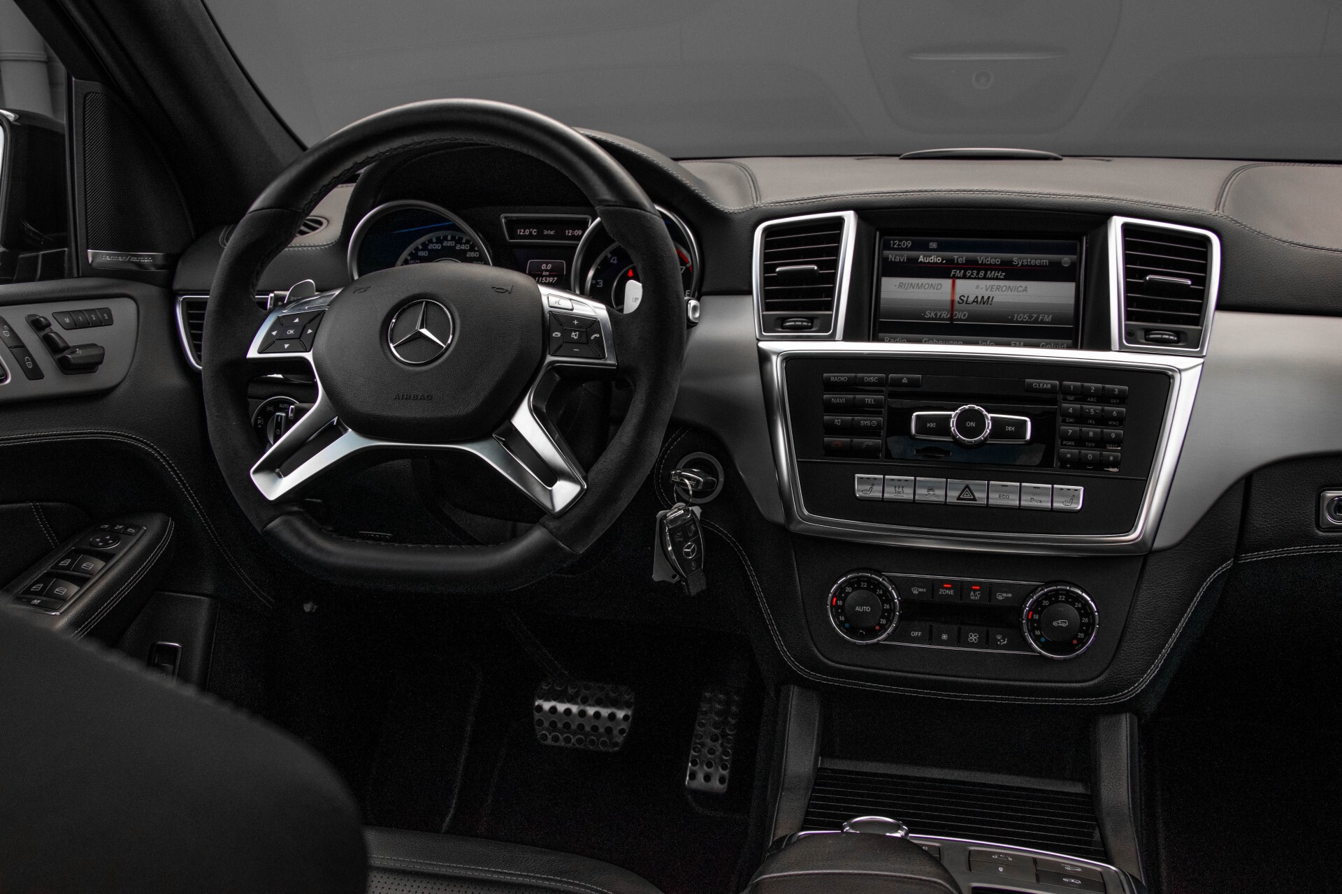 Mercedes-Benz M-Klasse 63 AMG Performance 4-M Panorama/Standkachel/Camera/Active Curve System/Harman-Kardon Aut7 Foto 7
