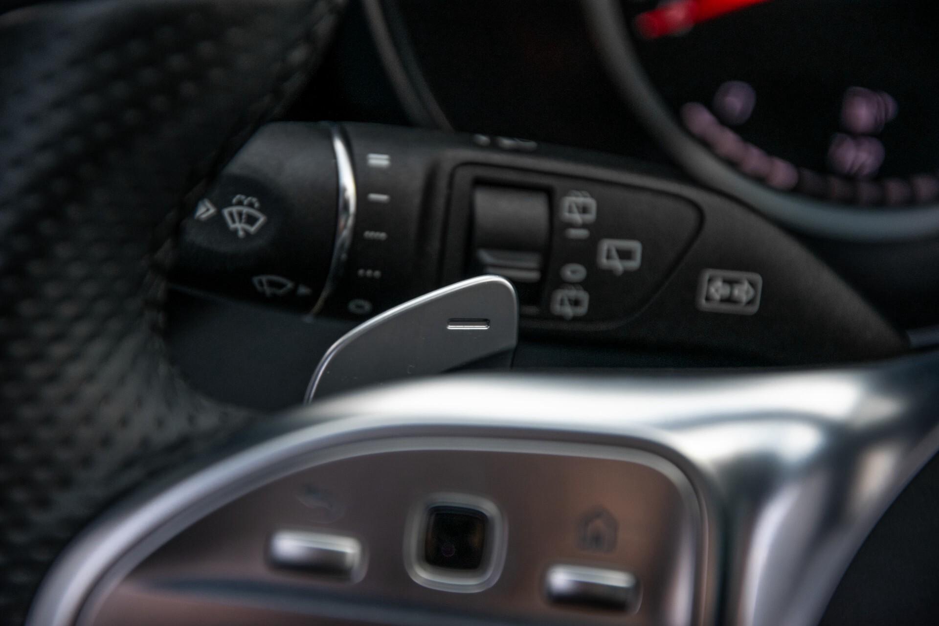 Mercedes-Benz C-Klasse Estate 220 d AMG Panorama/Assistentiepakket/Wegkl-trekhaak/DAB/Ambient/Leer/MULTIBEAM Aut9 Foto 12