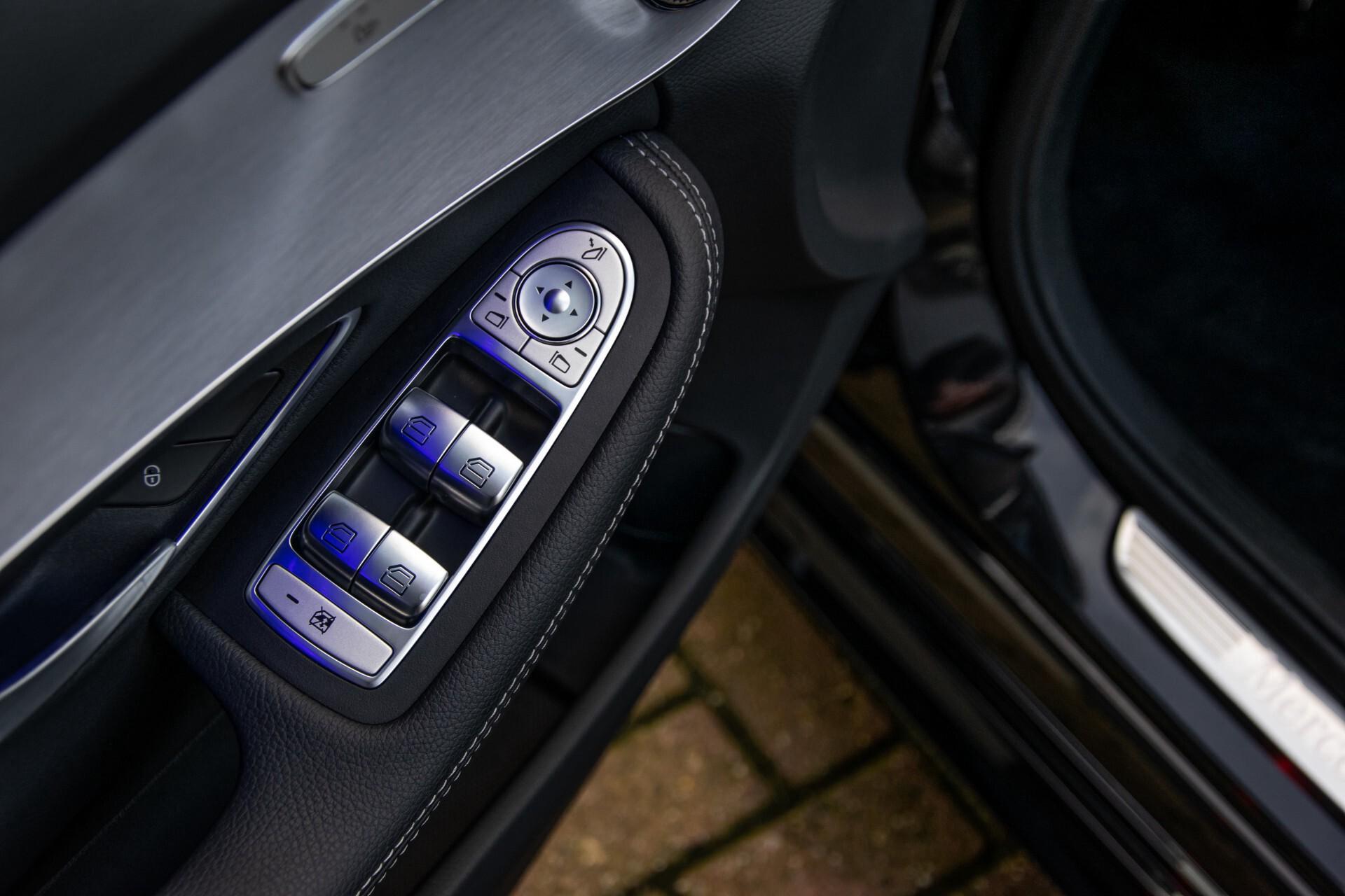 Mercedes-Benz C-Klasse Estate 220 d AMG Panorama/Assistentiepakket/Wegkl-trekhaak/DAB/Ambient/Leer/MULTIBEAM Aut9 Foto 19