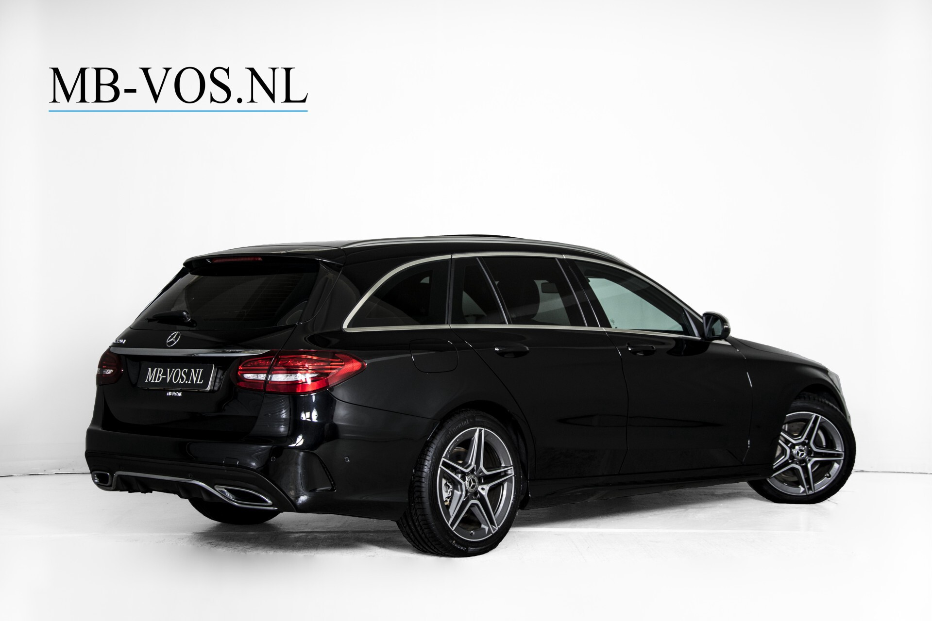 Mercedes-Benz C-Klasse Estate 220 d AMG Panorama/Assistentiepakket/Wegkl-trekhaak/DAB/Ambient/Leer/MULTIBEAM Aut9 Foto 2