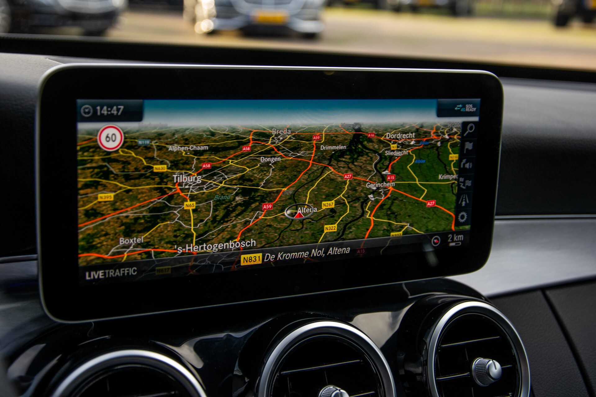 Mercedes-Benz C-Klasse Estate 220 d AMG Panorama/Assistentiepakket/Wegkl-trekhaak/DAB/Ambient/Leer/MULTIBEAM Aut9 Foto 26