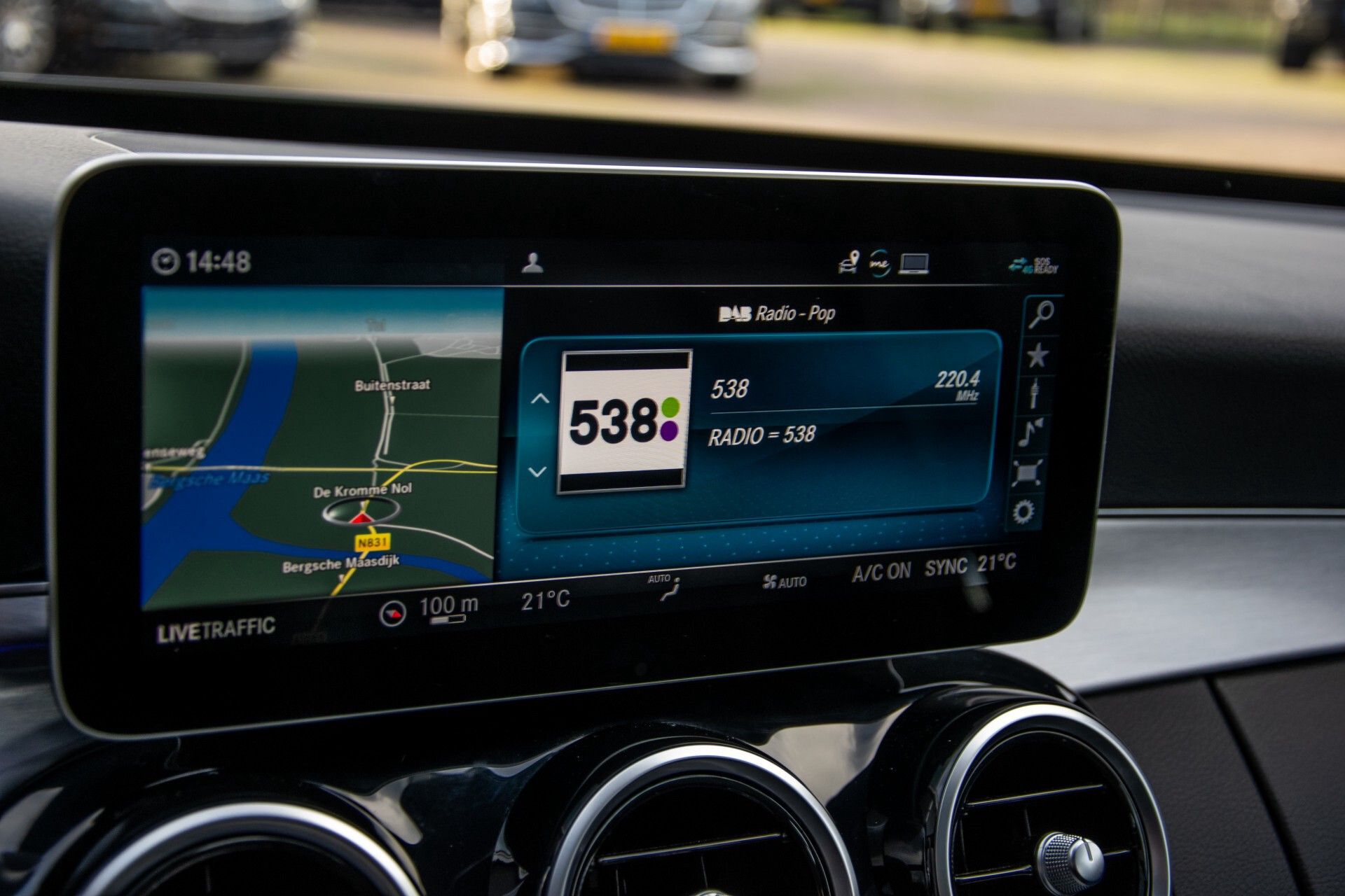 Mercedes-Benz C-Klasse Estate 220 d AMG Panorama/Assistentiepakket/Wegkl-trekhaak/DAB/Ambient/Leer/MULTIBEAM Aut9 Foto 28