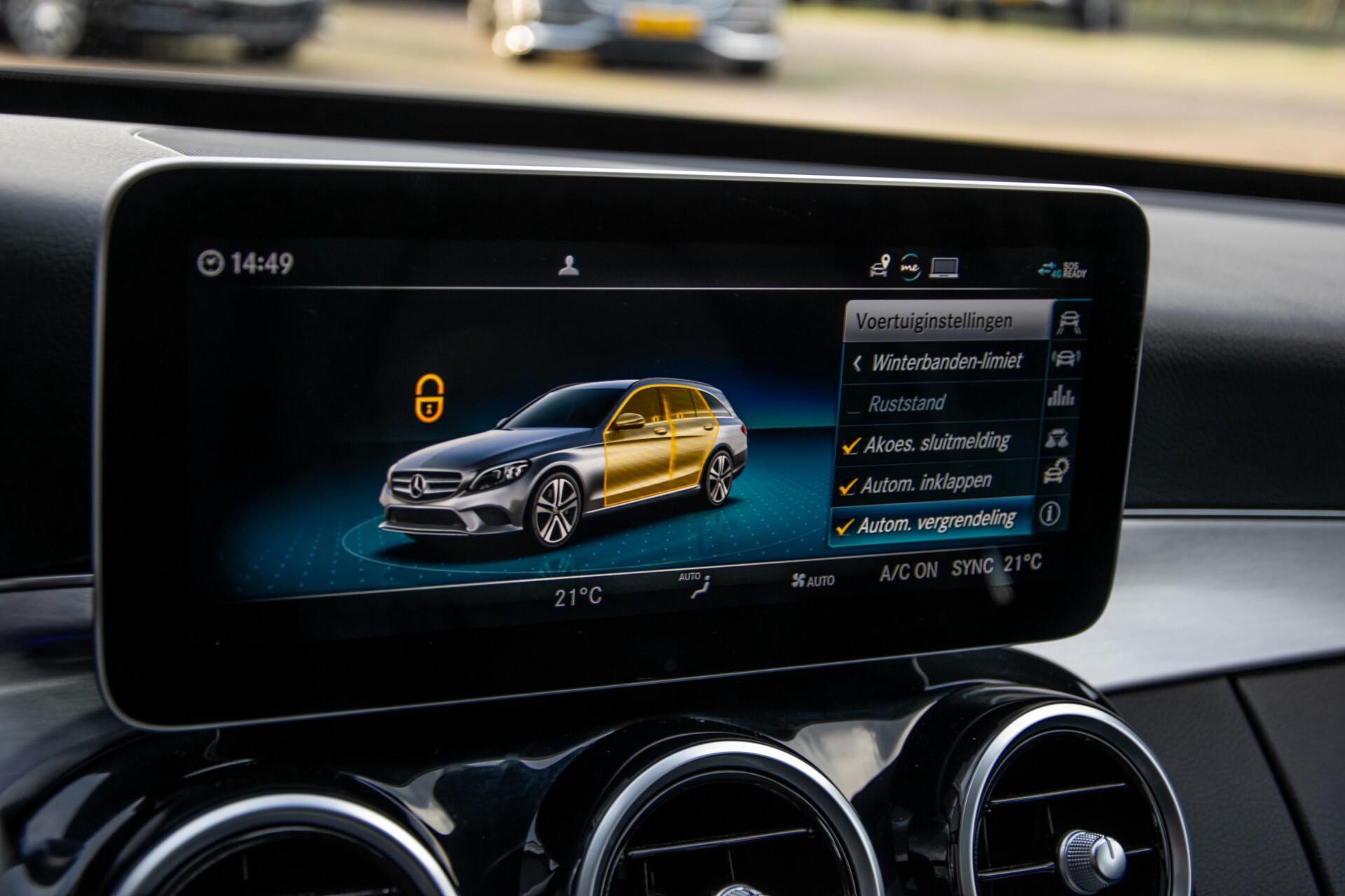 Mercedes-Benz C-Klasse Estate 220 d AMG Panorama/Assistentiepakket/Wegkl-trekhaak/DAB/Ambient/Leer/MULTIBEAM Aut9 Foto 42