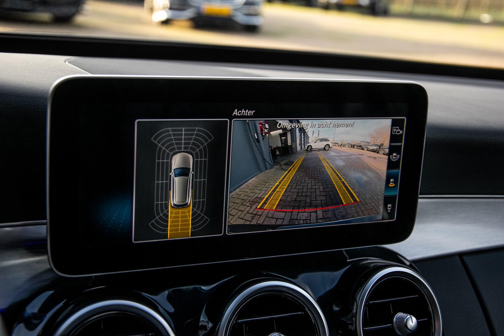 Mercedes-Benz C-Klasse Estate 220 d AMG Panorama/Assistentiepakket/Wegkl-trekhaak/DAB/Ambient/Leer/MULTIBEAM Aut9 Foto 44