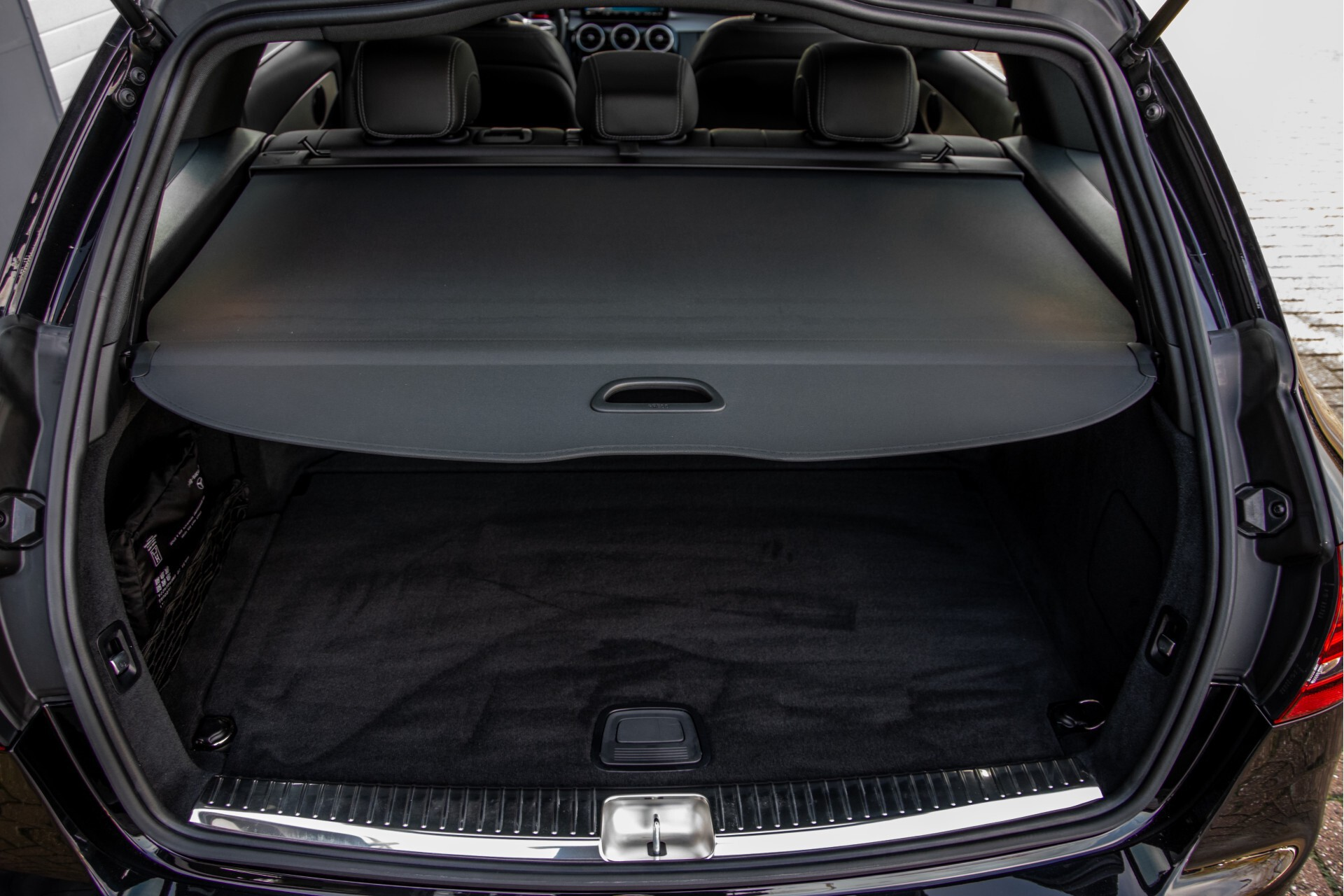 Mercedes-Benz C-Klasse Estate 220 d AMG Panorama/Assistentiepakket/Wegkl-trekhaak/DAB/Ambient/Leer/MULTIBEAM Aut9 Foto 51