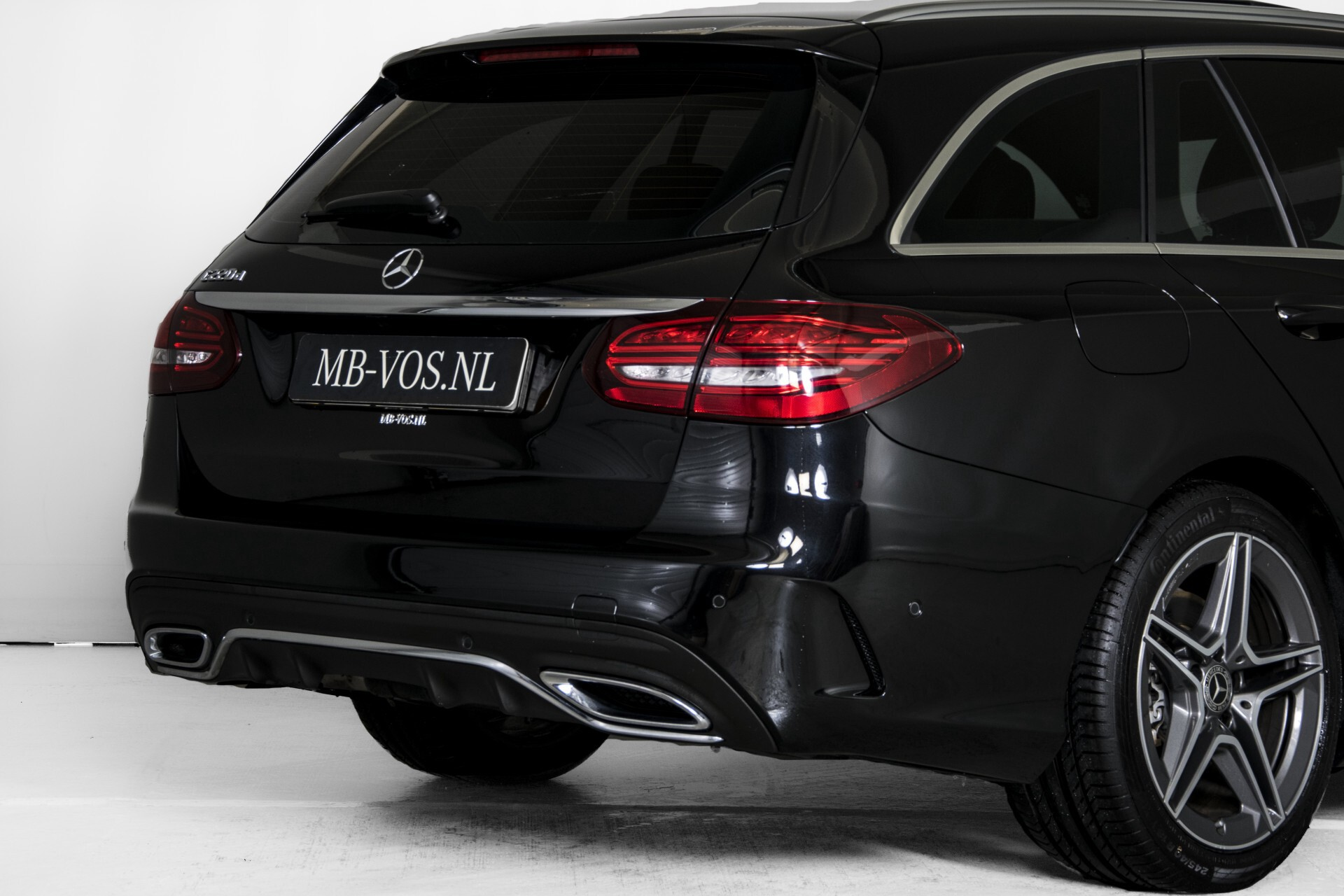 Mercedes-Benz C-Klasse Estate 220 d AMG Panorama/Assistentiepakket/Wegkl-trekhaak/DAB/Ambient/Leer/MULTIBEAM Aut9 Foto 53