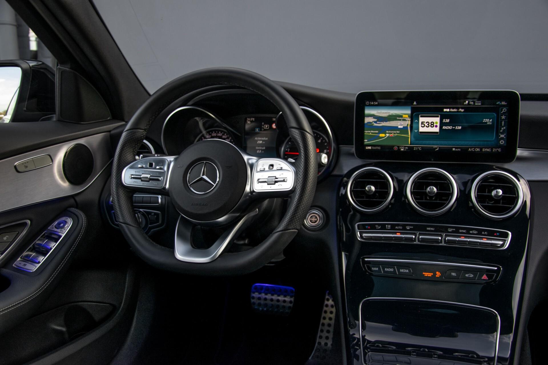 Mercedes-Benz C-Klasse Estate 220 d AMG Panorama/Assistentiepakket/Wegkl-trekhaak/DAB/Ambient/Leer/MULTIBEAM Aut9 Foto 7