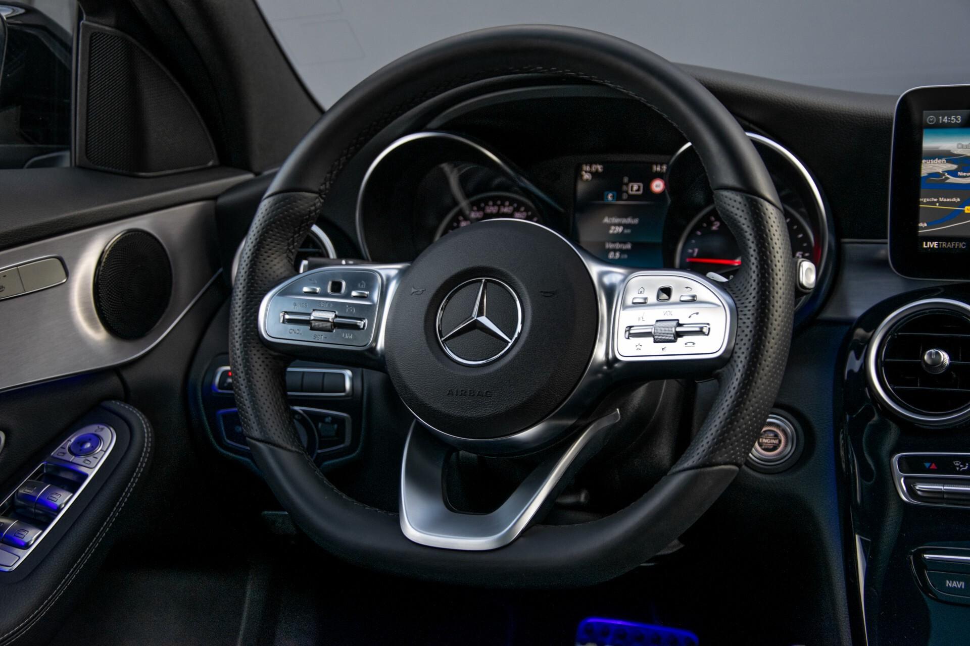 Mercedes-Benz C-Klasse Estate 220 d AMG Panorama/Assistentiepakket/Wegkl-trekhaak/DAB/Ambient/Leer/MULTIBEAM Aut9 Foto 9