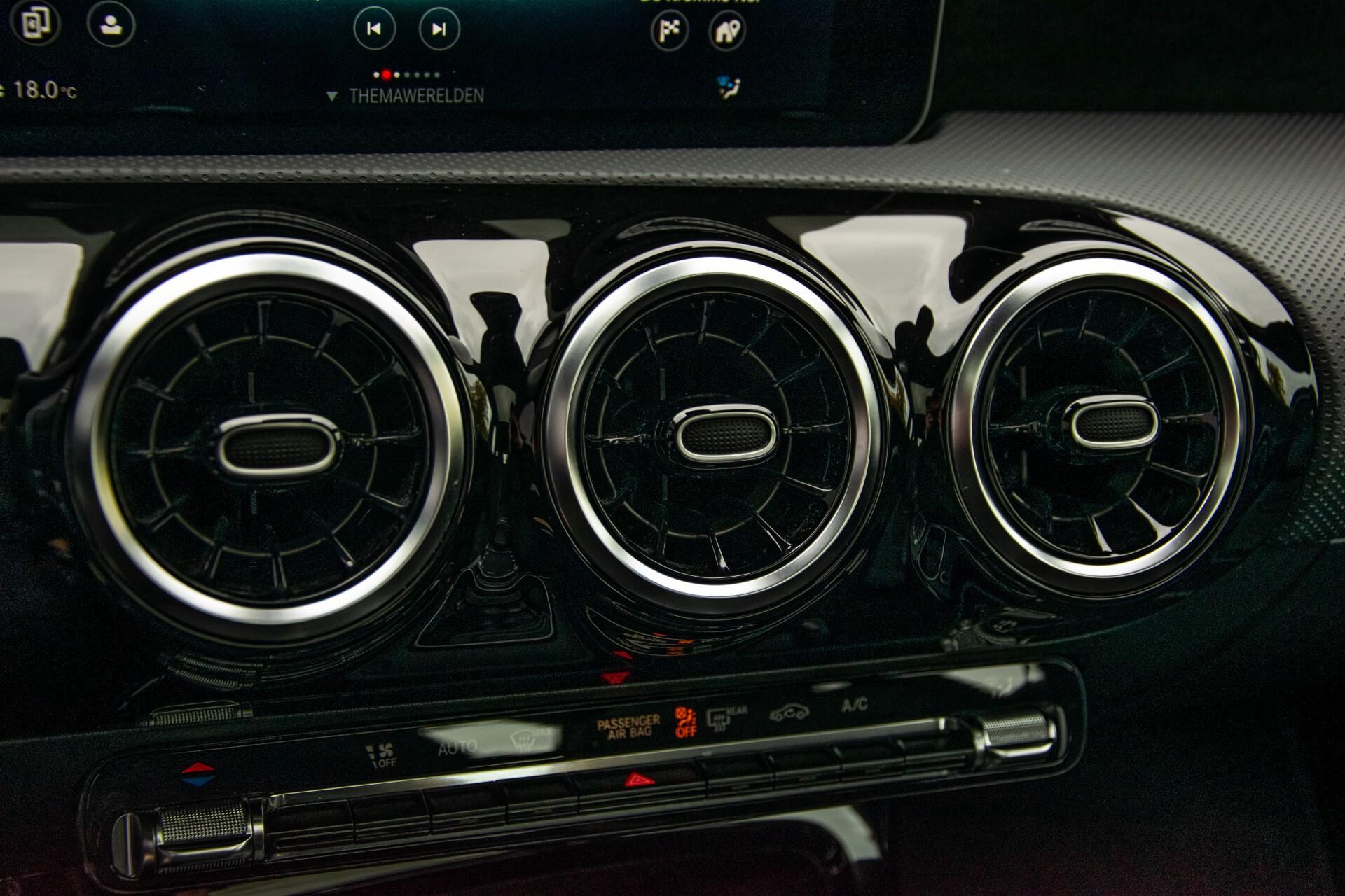 Mercedes-Benz A-Klasse 180 d AMG Panorama/MBUX/DAB/LED Aut7 Foto 16