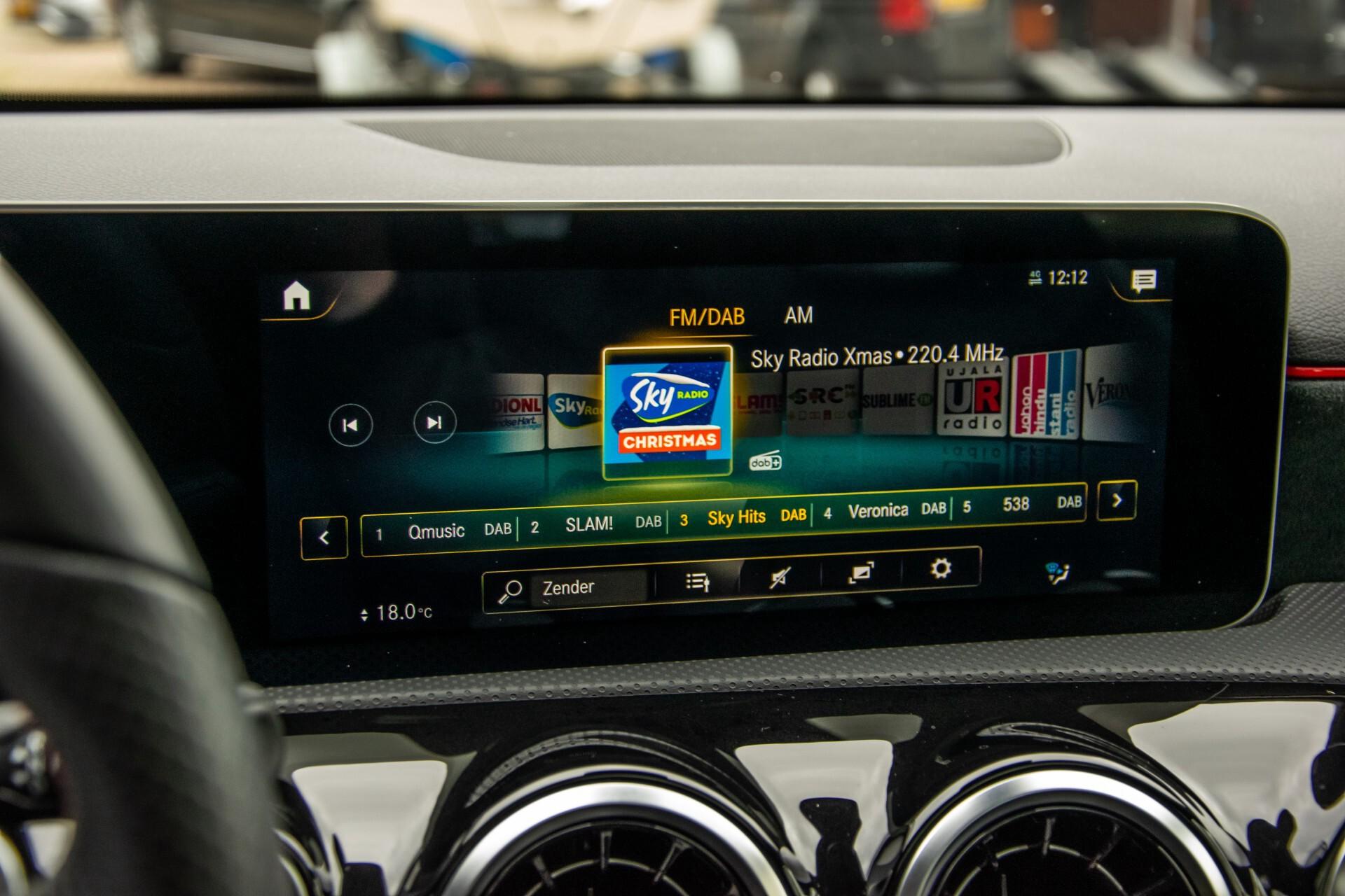 Mercedes-Benz A-Klasse 180 d AMG Panorama/MBUX/DAB/LED Aut7 Foto 17