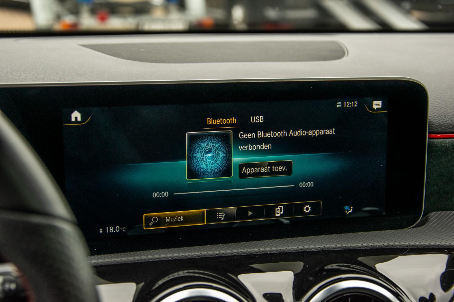 Mercedes-Benz A-Klasse 180 d AMG Panorama/MBUX/DAB/LED Aut7 Foto 19