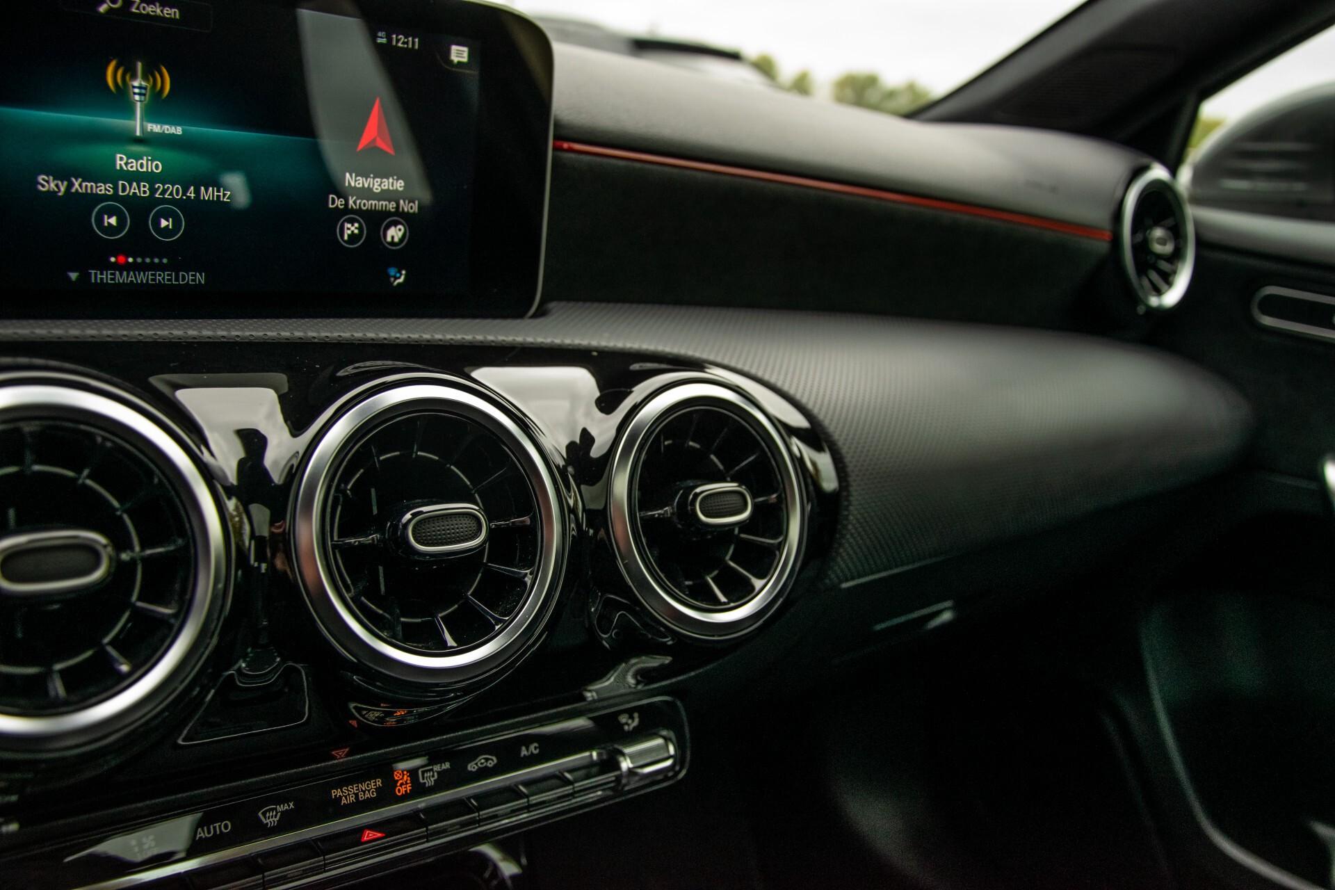 Mercedes-Benz A-Klasse 180 d AMG Panorama/MBUX/DAB/LED Aut7 Foto 26