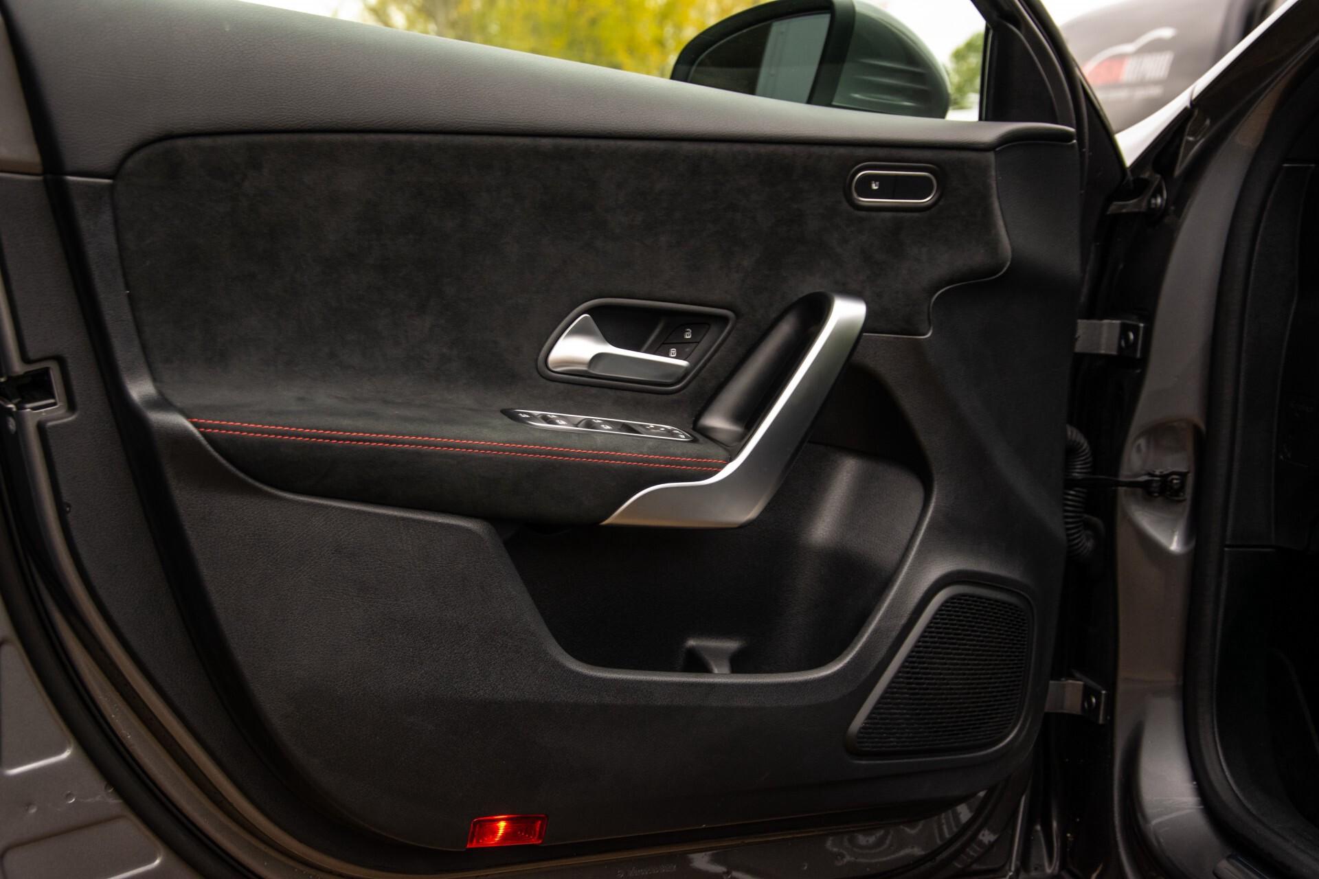 Mercedes-Benz A-Klasse 180 d AMG Panorama/MBUX/DAB/LED Aut7 Foto 28