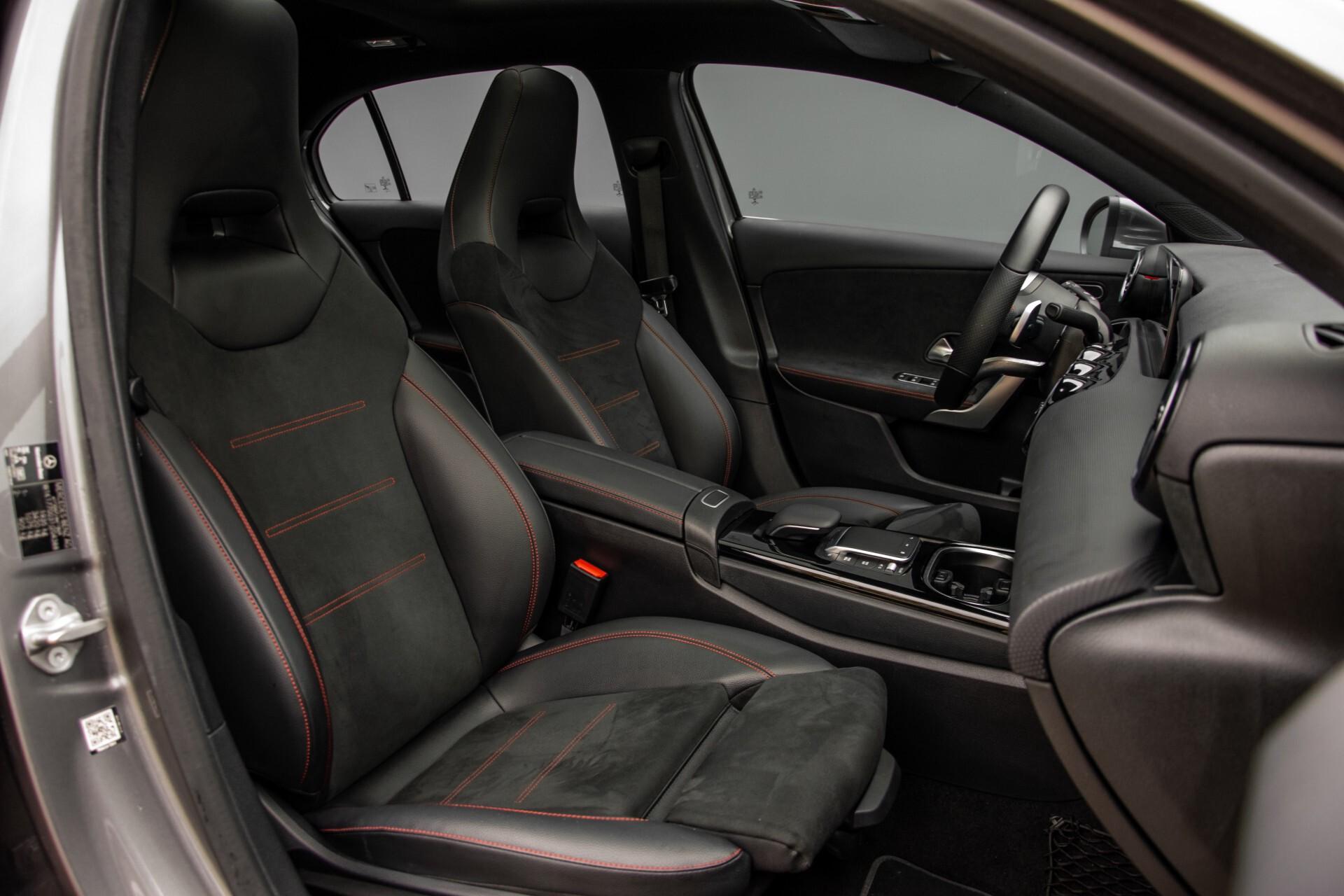 Mercedes-Benz A-Klasse 180 d AMG Panorama/MBUX/DAB/LED Aut7 Foto 3
