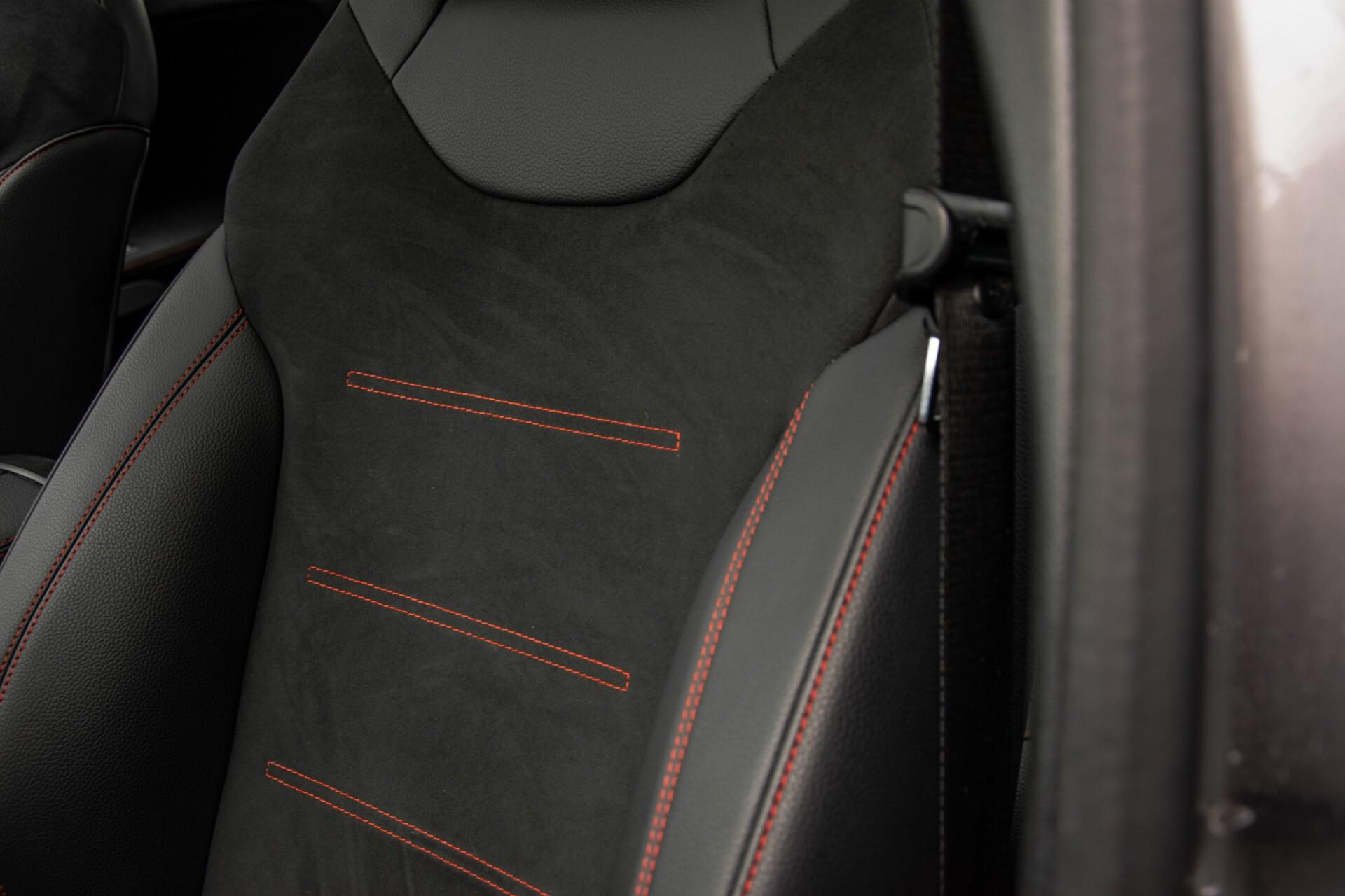 Mercedes-Benz A-Klasse 180 d AMG Panorama/MBUX/DAB/LED Aut7 Foto 33