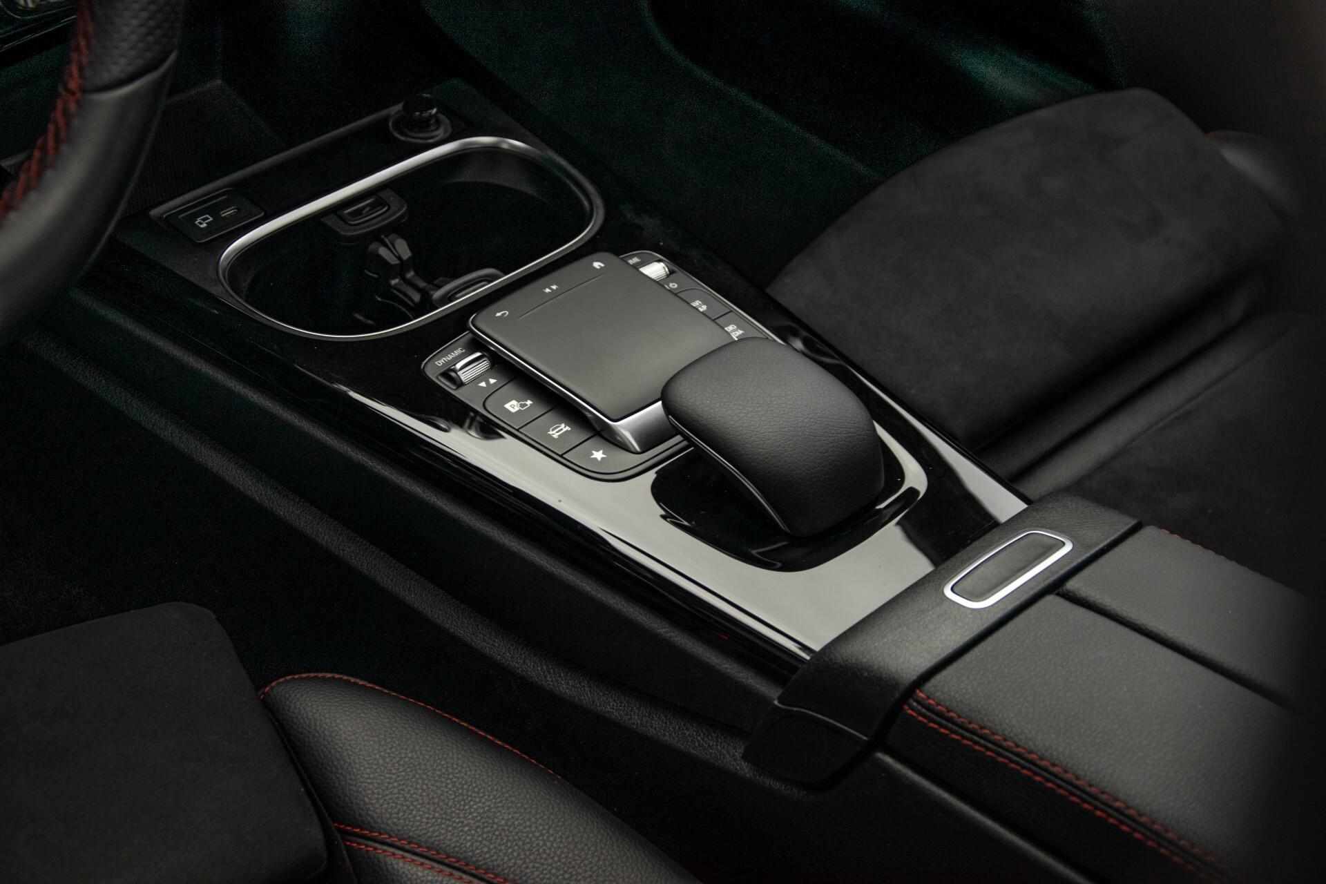 Mercedes-Benz A-Klasse 180 d AMG Panorama/MBUX/DAB/LED Aut7 Foto 35