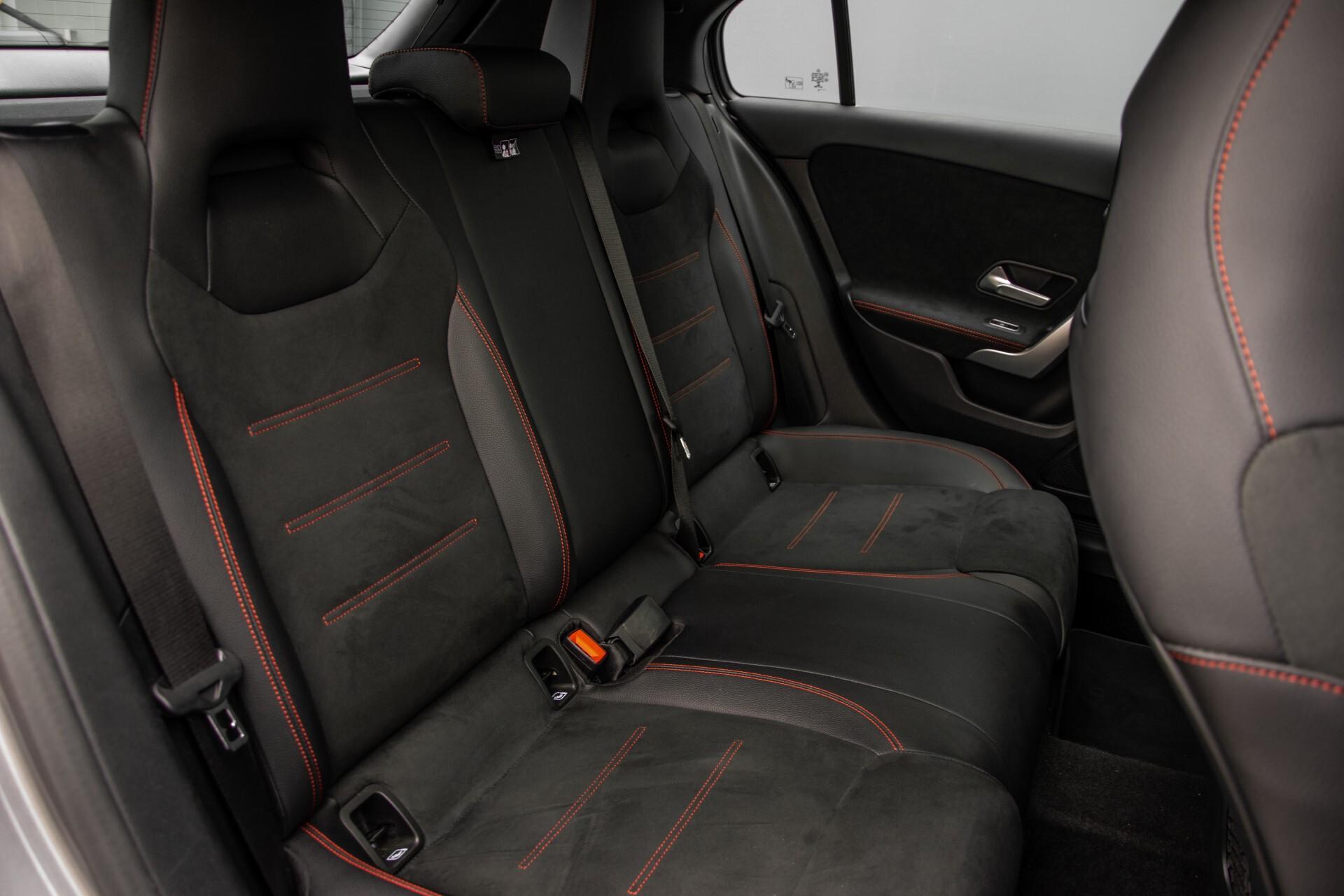 Mercedes-Benz A-Klasse 180 d AMG Panorama/MBUX/DAB/LED Aut7 Foto 4