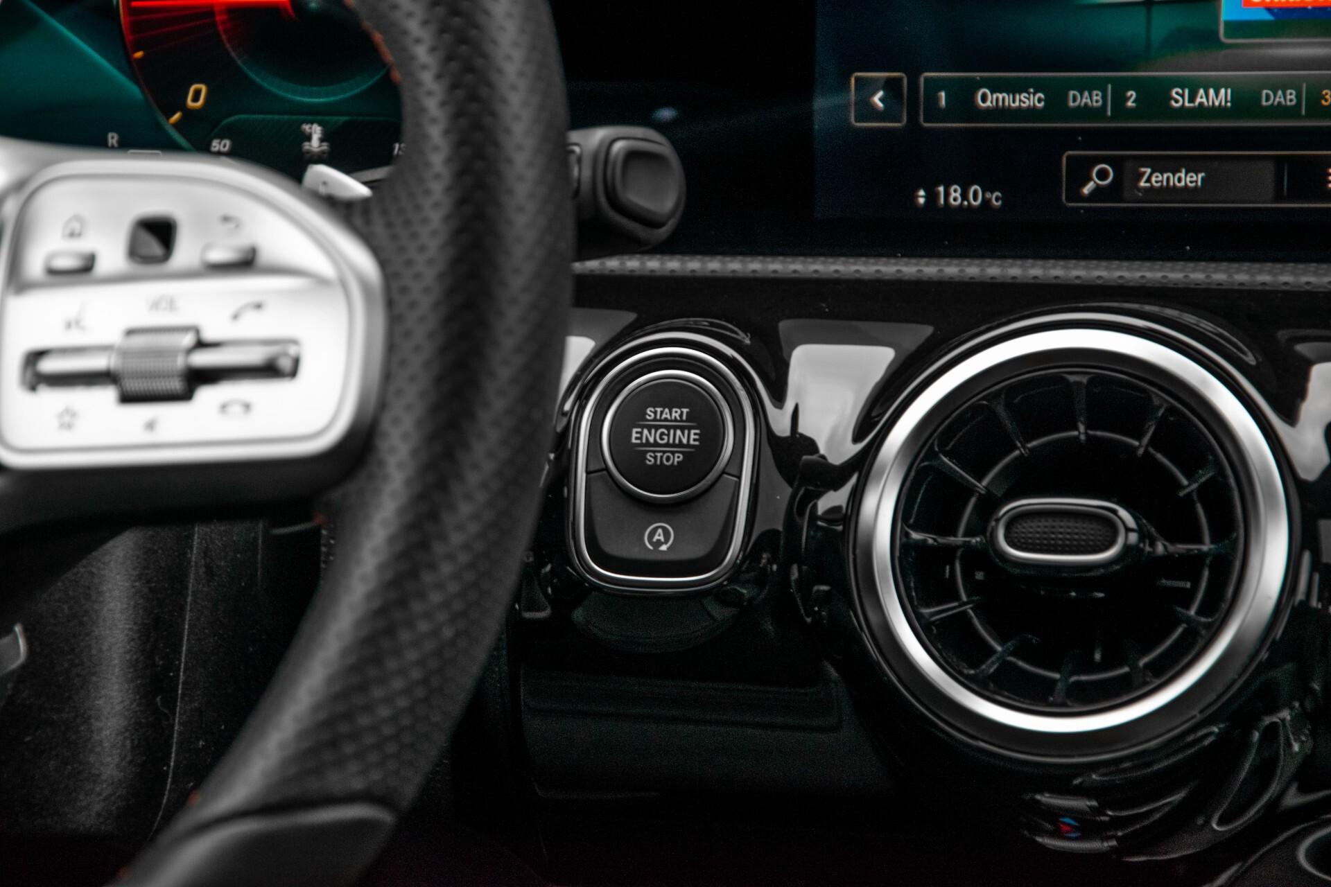 Mercedes-Benz A-Klasse 180 d AMG Panorama/MBUX/DAB/LED Aut7 Foto 40