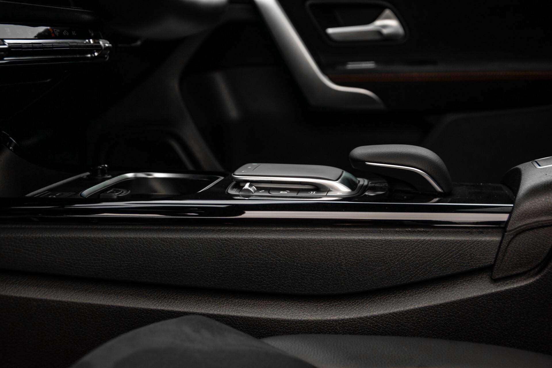 Mercedes-Benz A-Klasse 180 d AMG Panorama/MBUX/DAB/LED Aut7 Foto 42